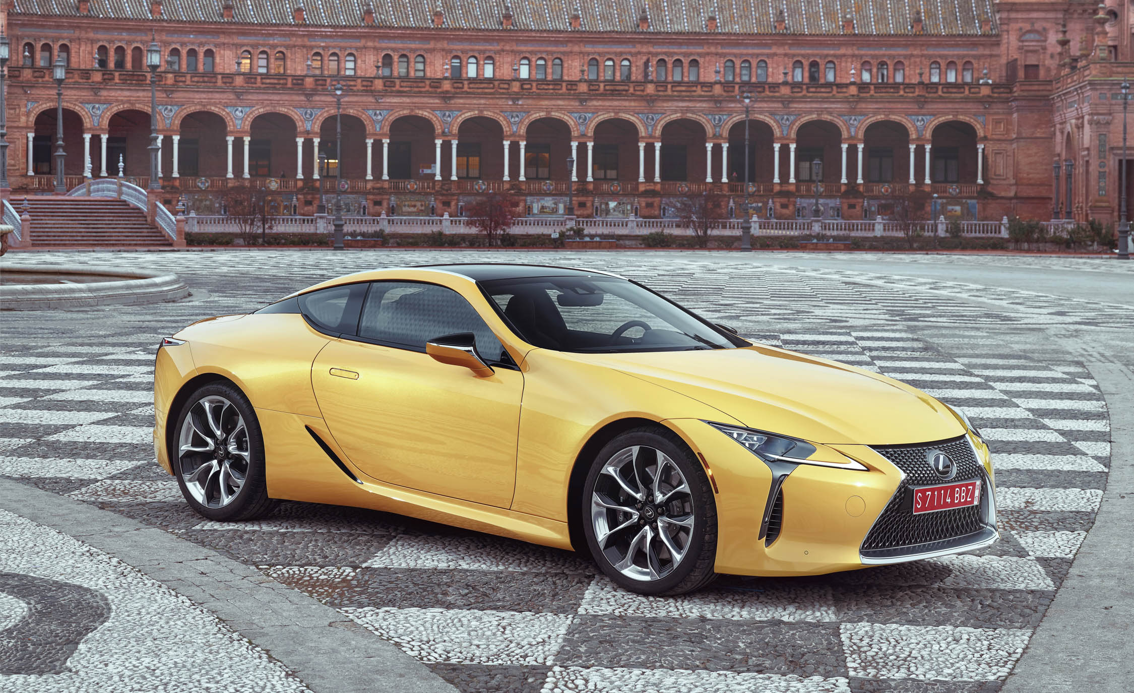 New 2018 Lexus Lc500 Exterior Side And Front (Photo 80 of 84)