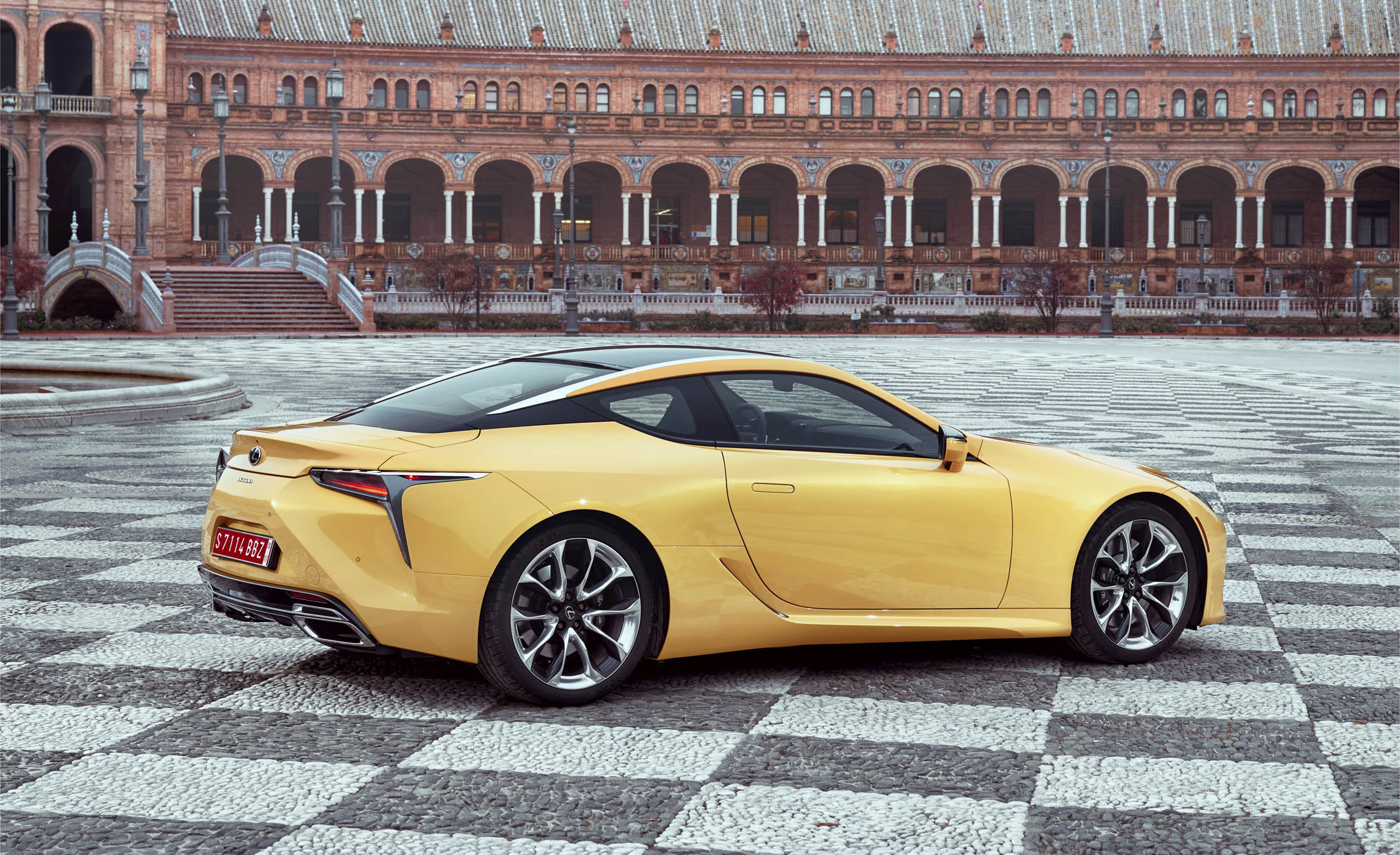 New 2018 Lexus Lc500 Exterior Side And Rear (Photo 81 of 84)