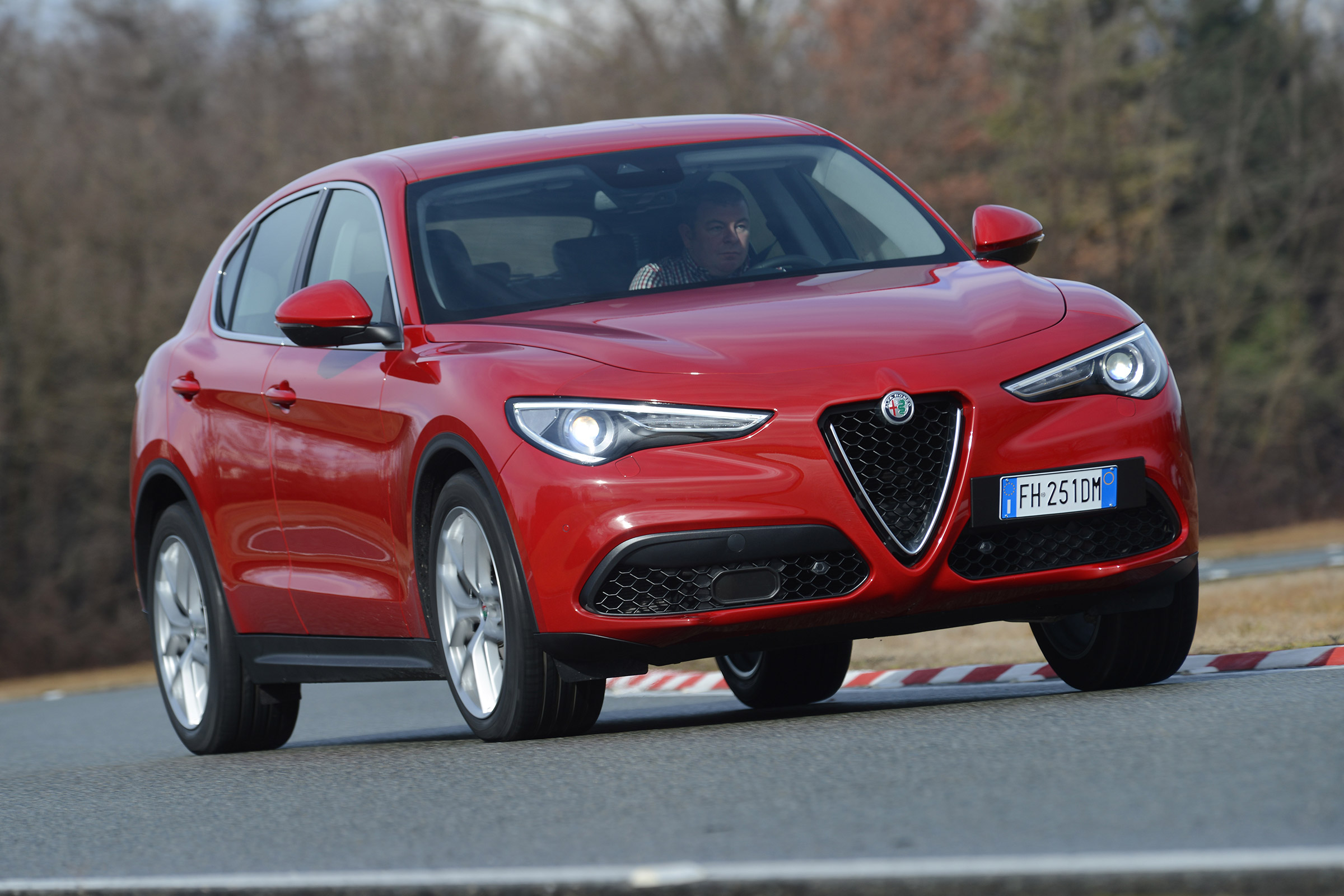 2017 Alfa Romeo Stelvio Test Drive Front And Side View (Photo 18 of 23)