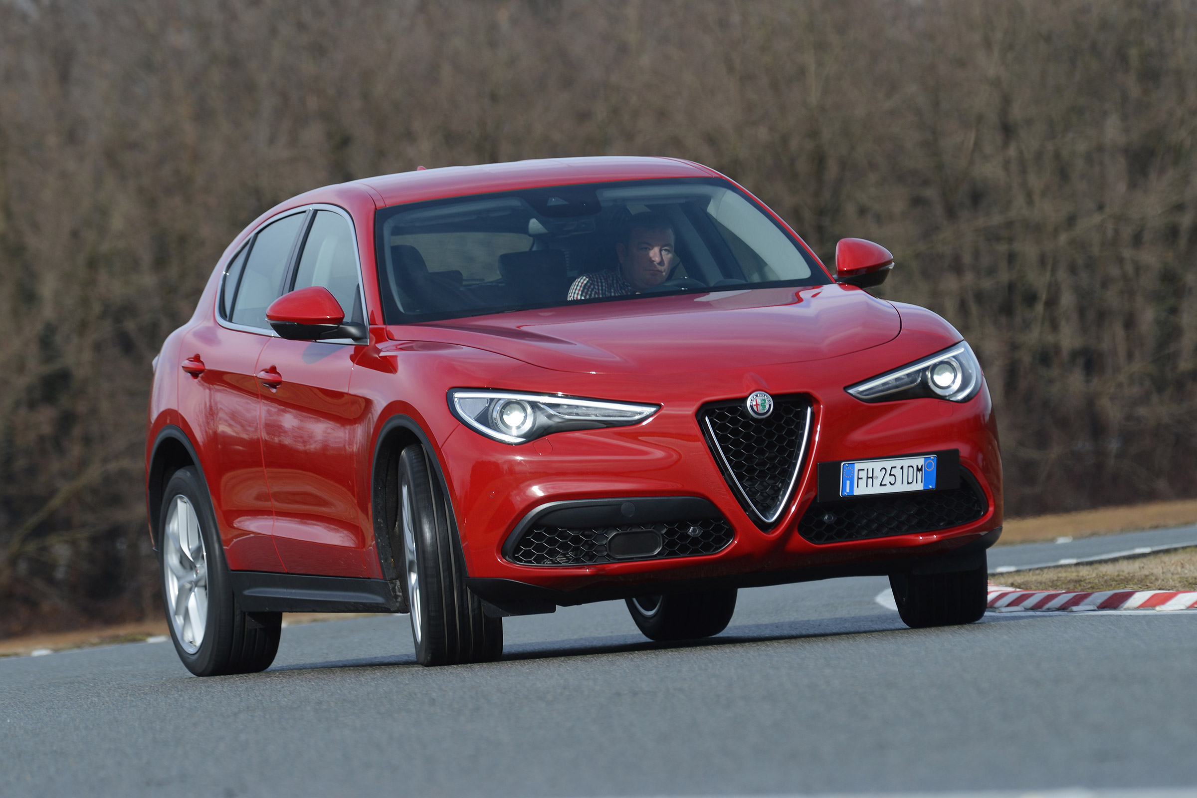 2017 Alfa Romeo Stelvio Test Drive Front Corner (Photo 19 of 23)