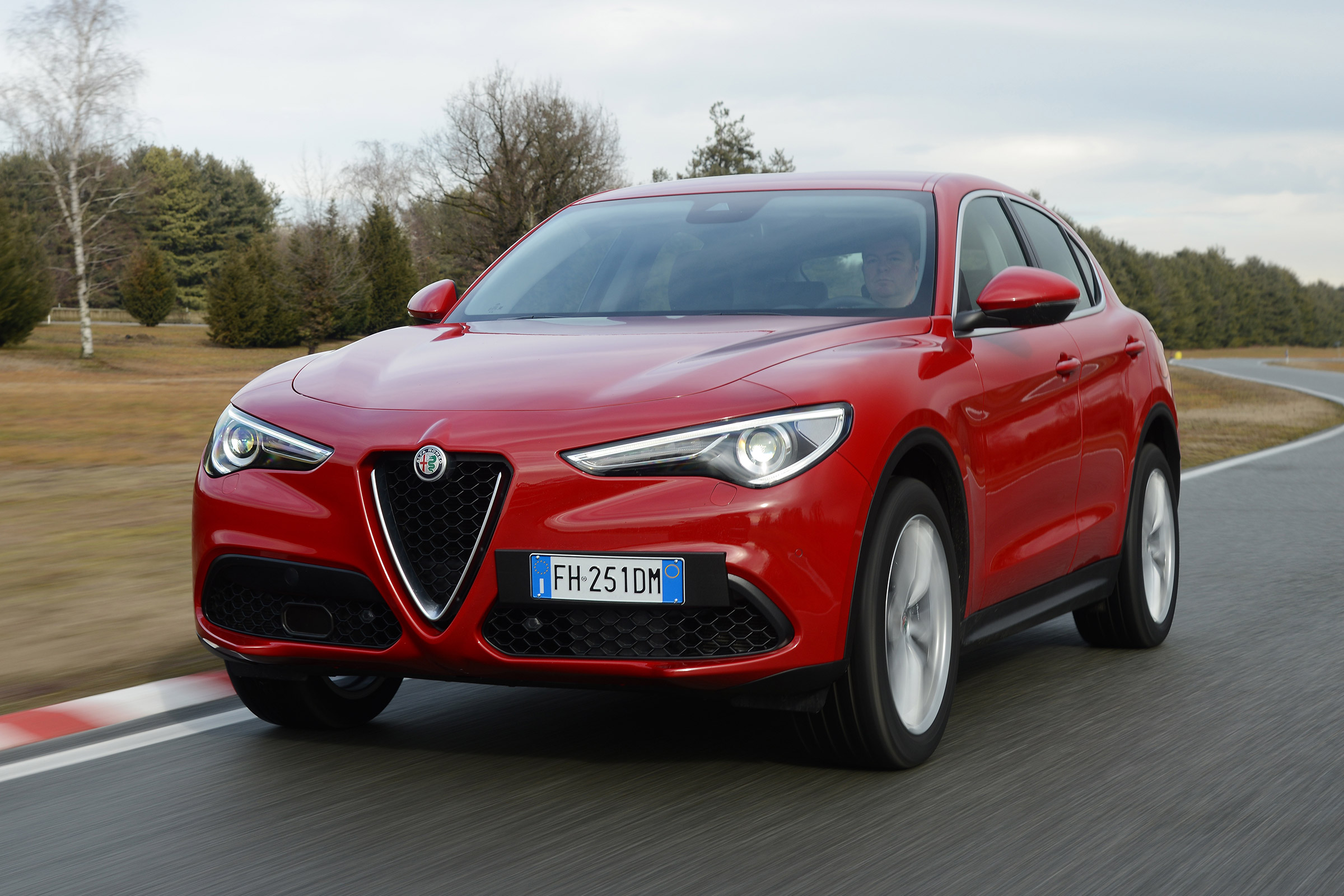 Featured Image of 2017 Alfa Romeo Stelvio