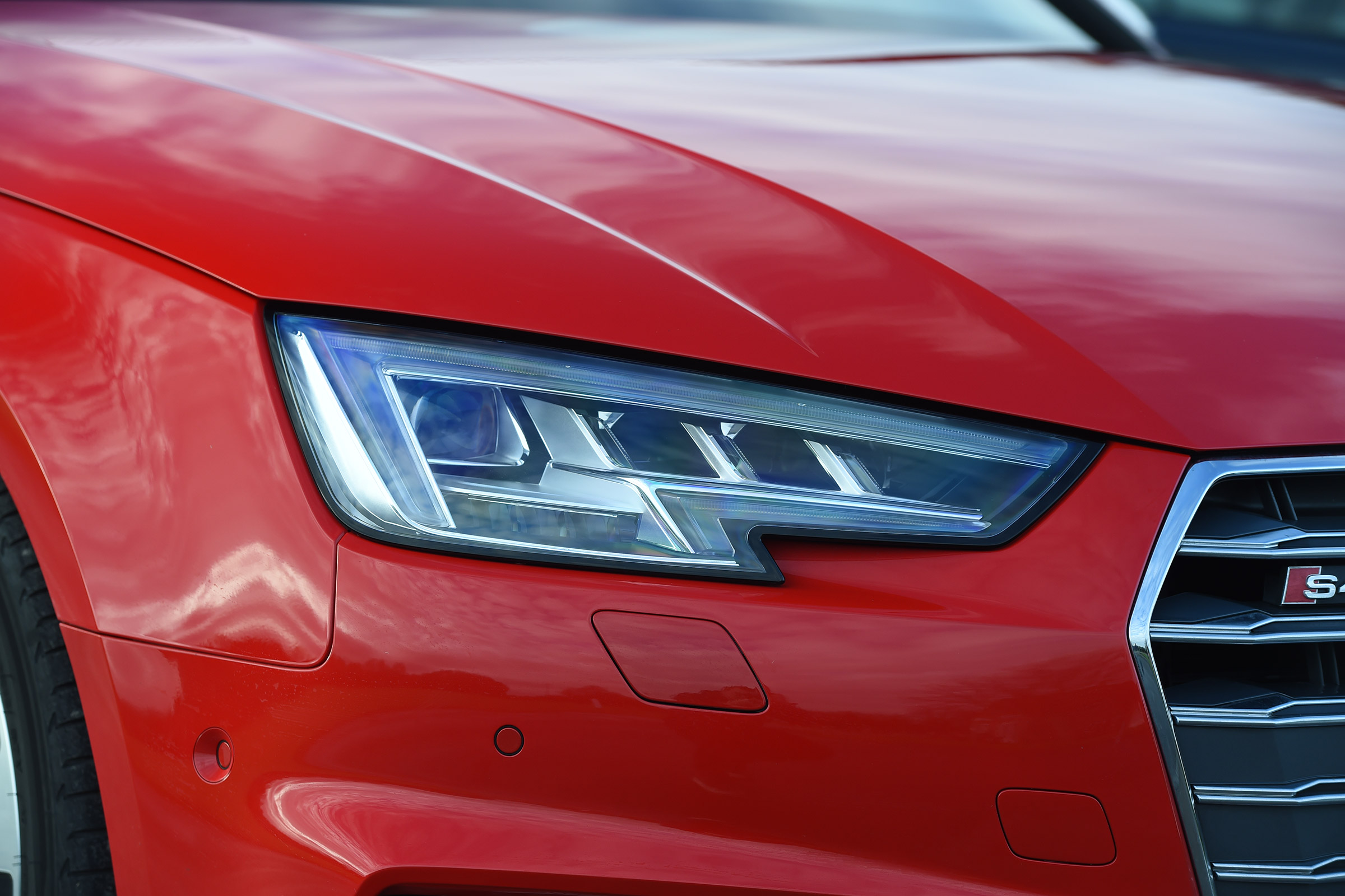 2017 Audi S4 Avant Exterior View Headlight (Photo 3 of 17)