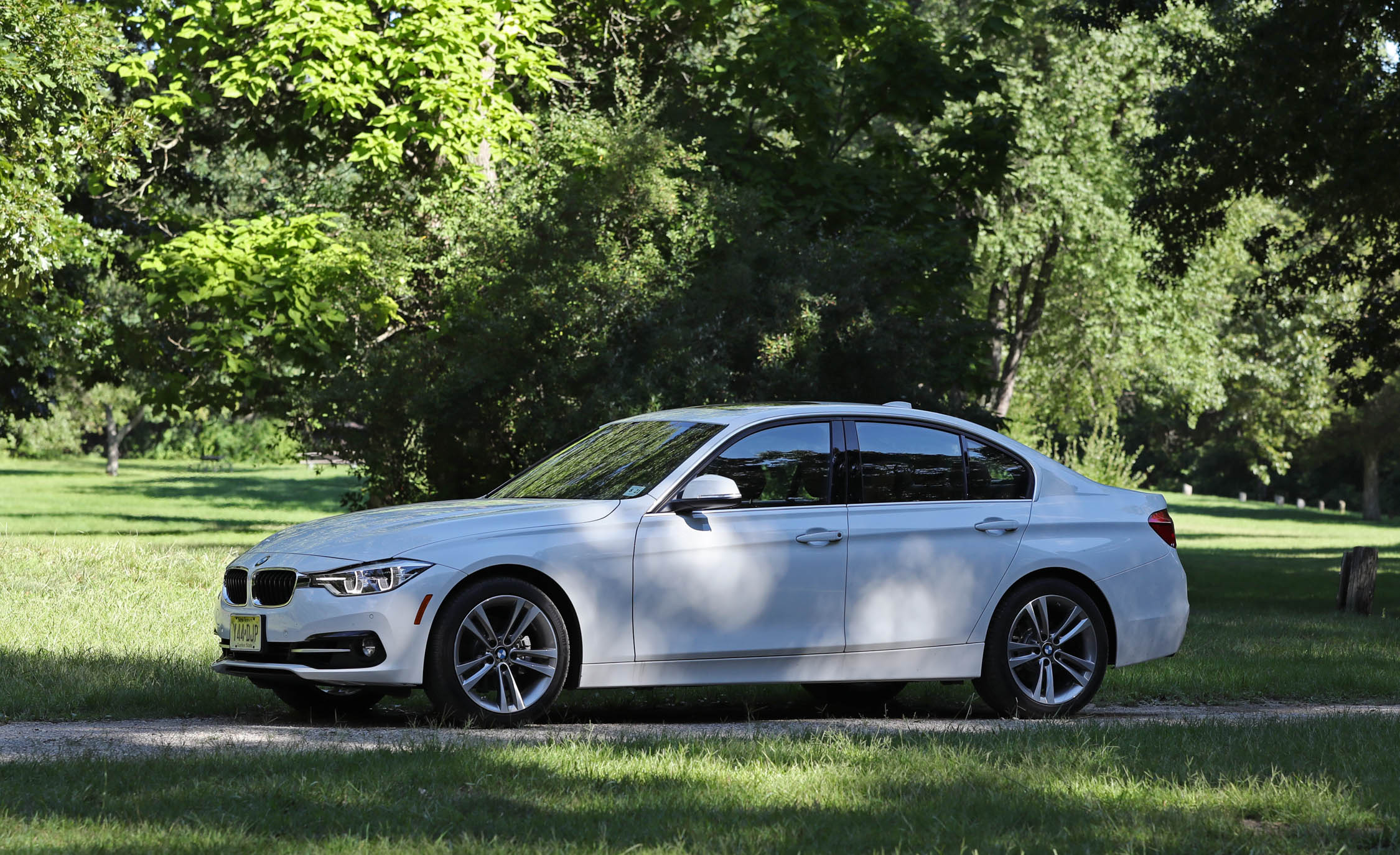 Featured Image of 2017 BMW 330i