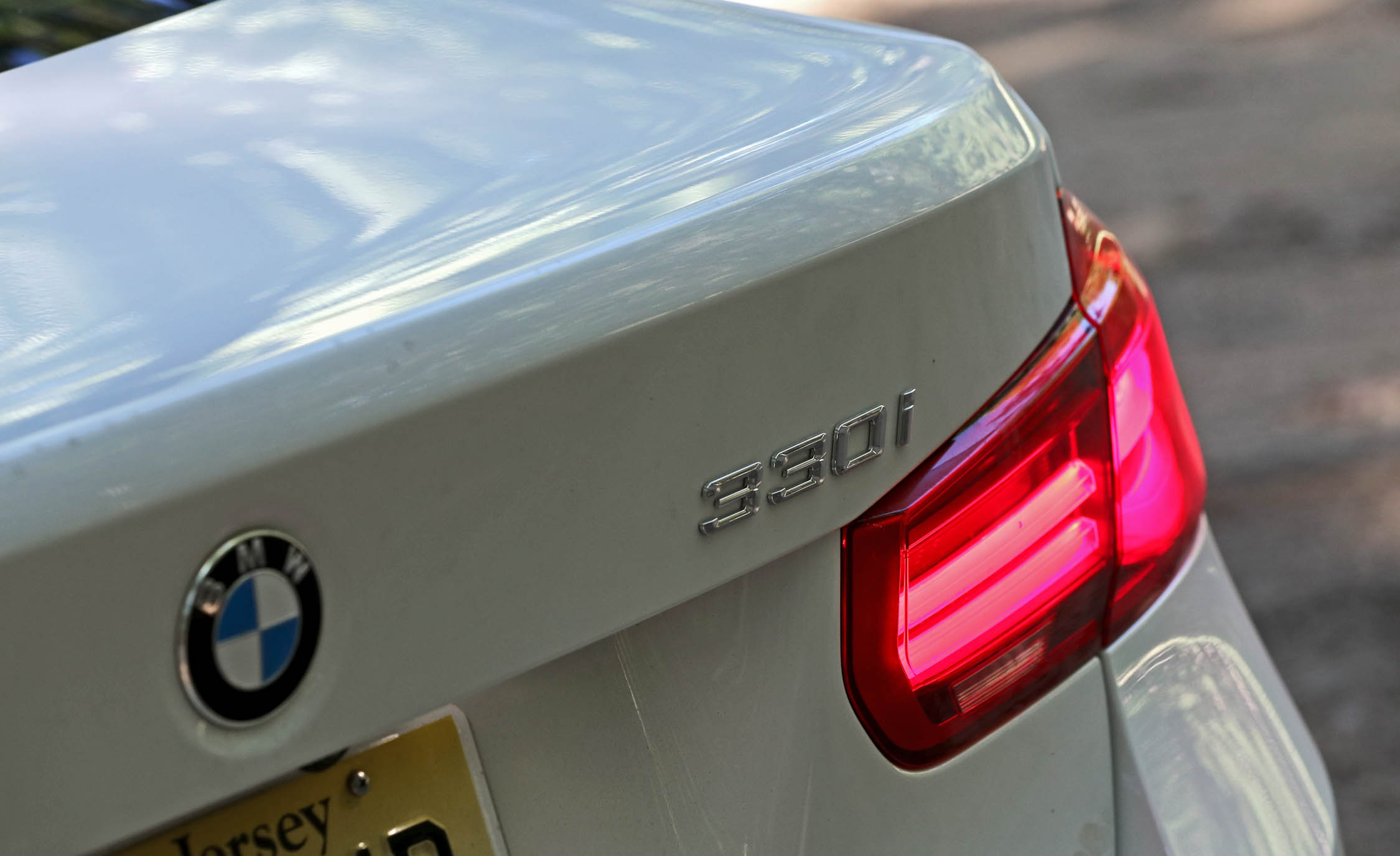 2017 BMW 330i Exterior View Rear Badge (View 14 of 59)
