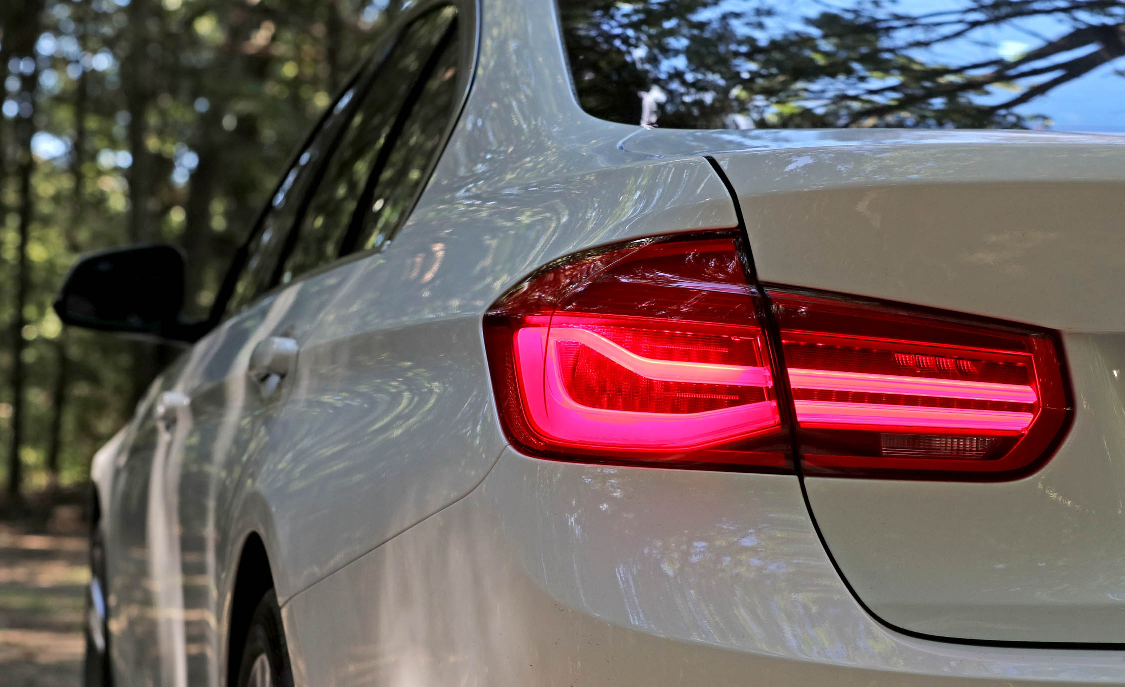 2017 BMW 330i Exterior View Taillight (View 15 of 59)