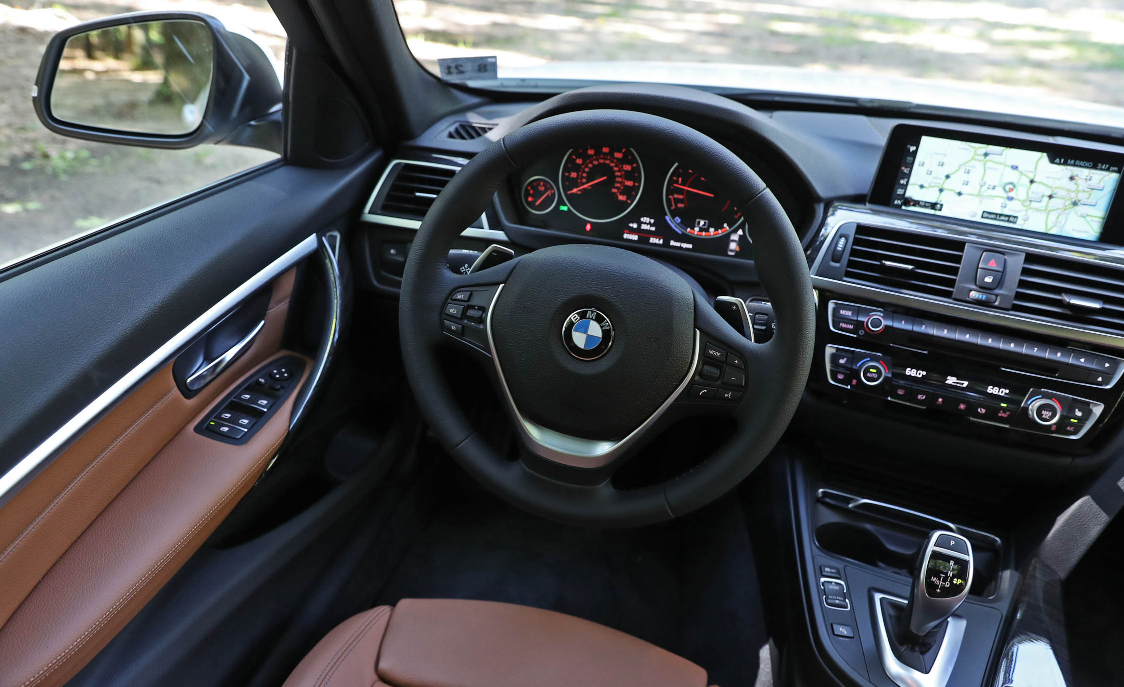 2017 BMW 330i Interior Driver Cockpit Steering (View 31 of 59)