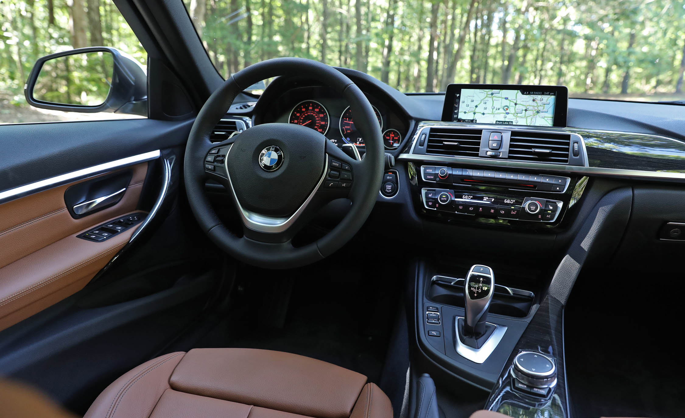 2017 BMW 330i Interior Driver Dash (View 32 of 59)
