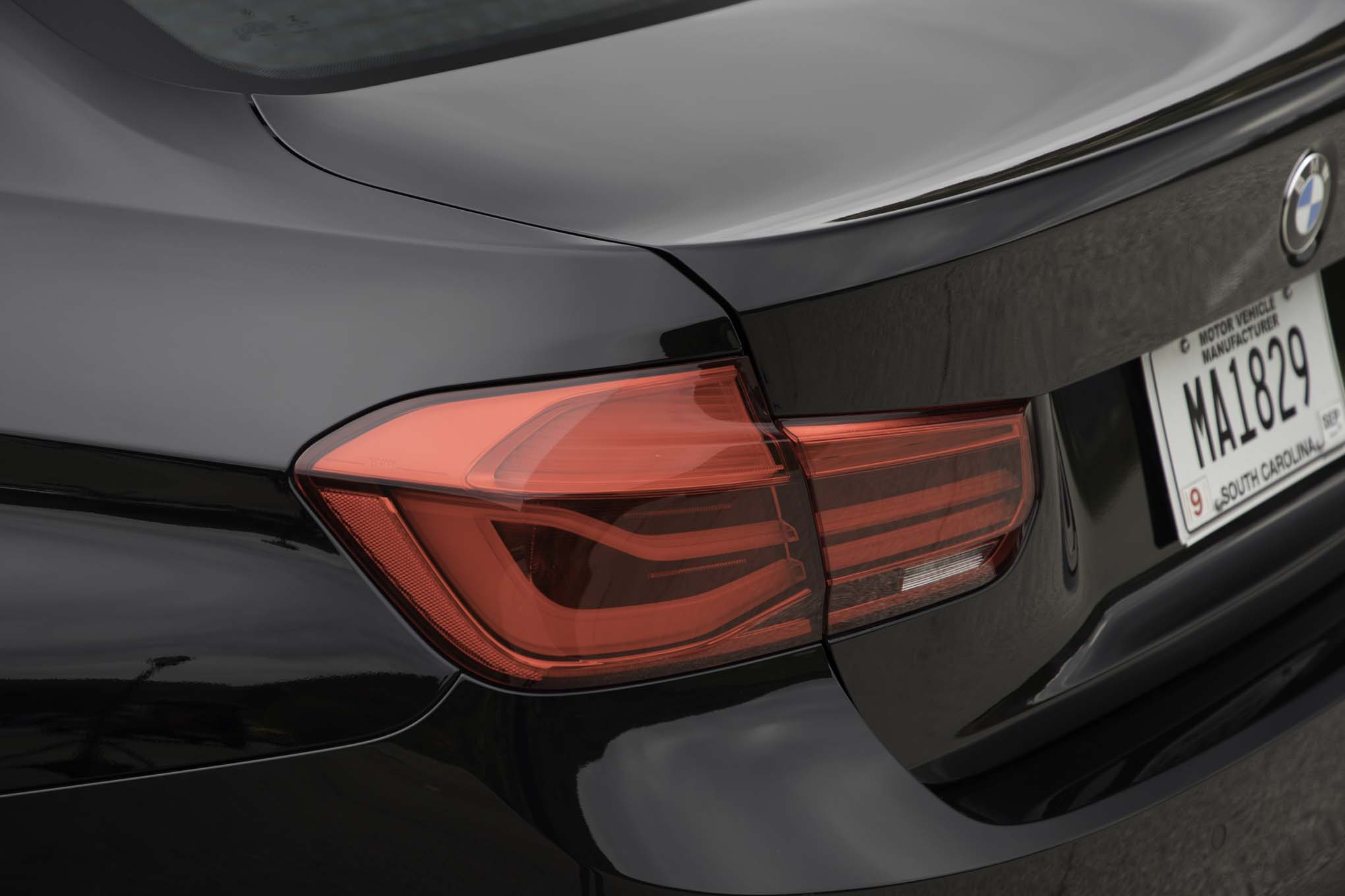 2017 BMW 330i Sedan Exterior View Taillight (View 42 of 59)