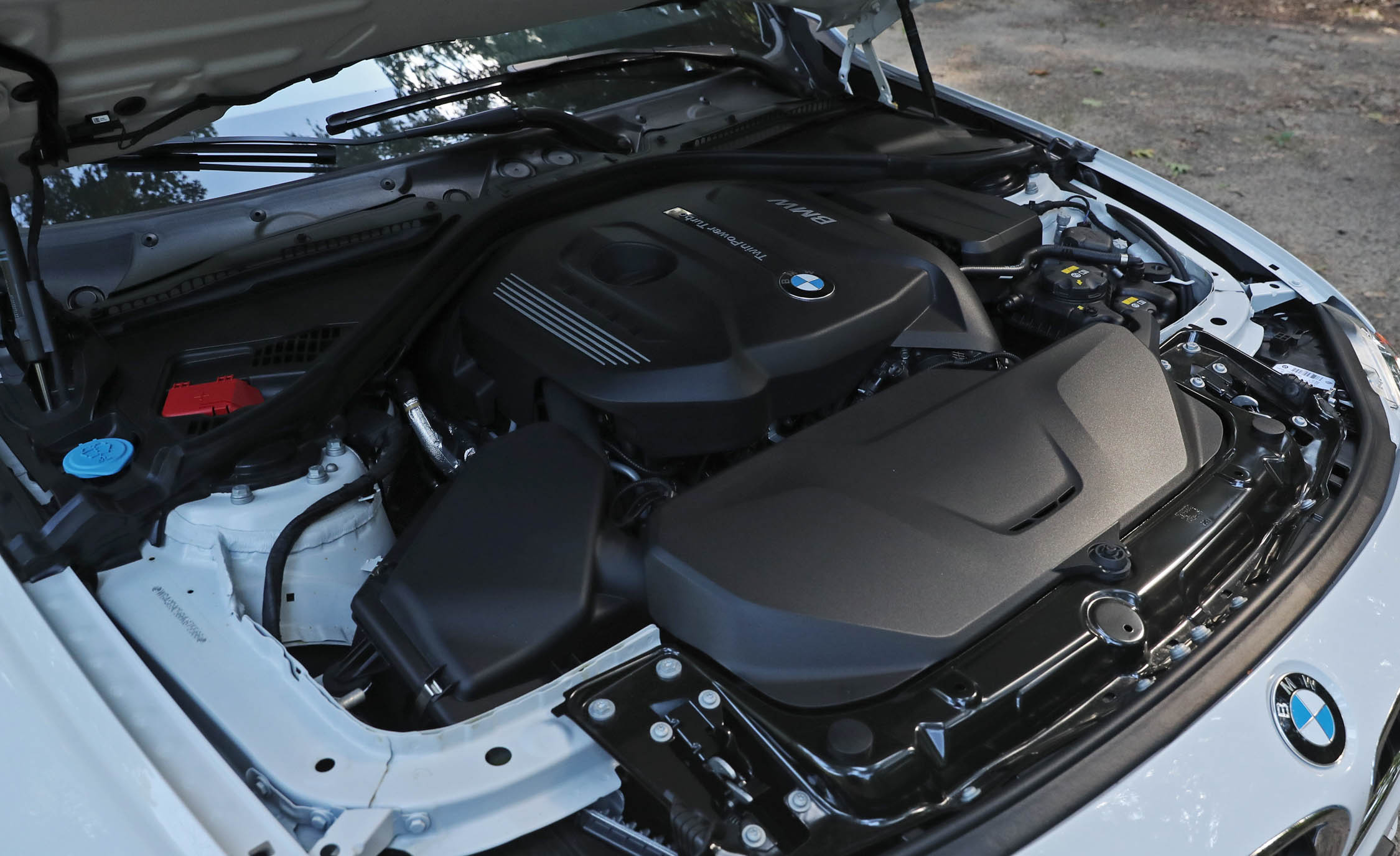 2017 BMW 330i View Engine (View 16 of 59)