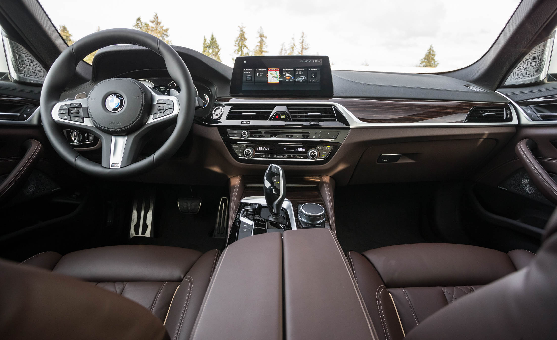 2017 BMW 530i (View 16 of 46)