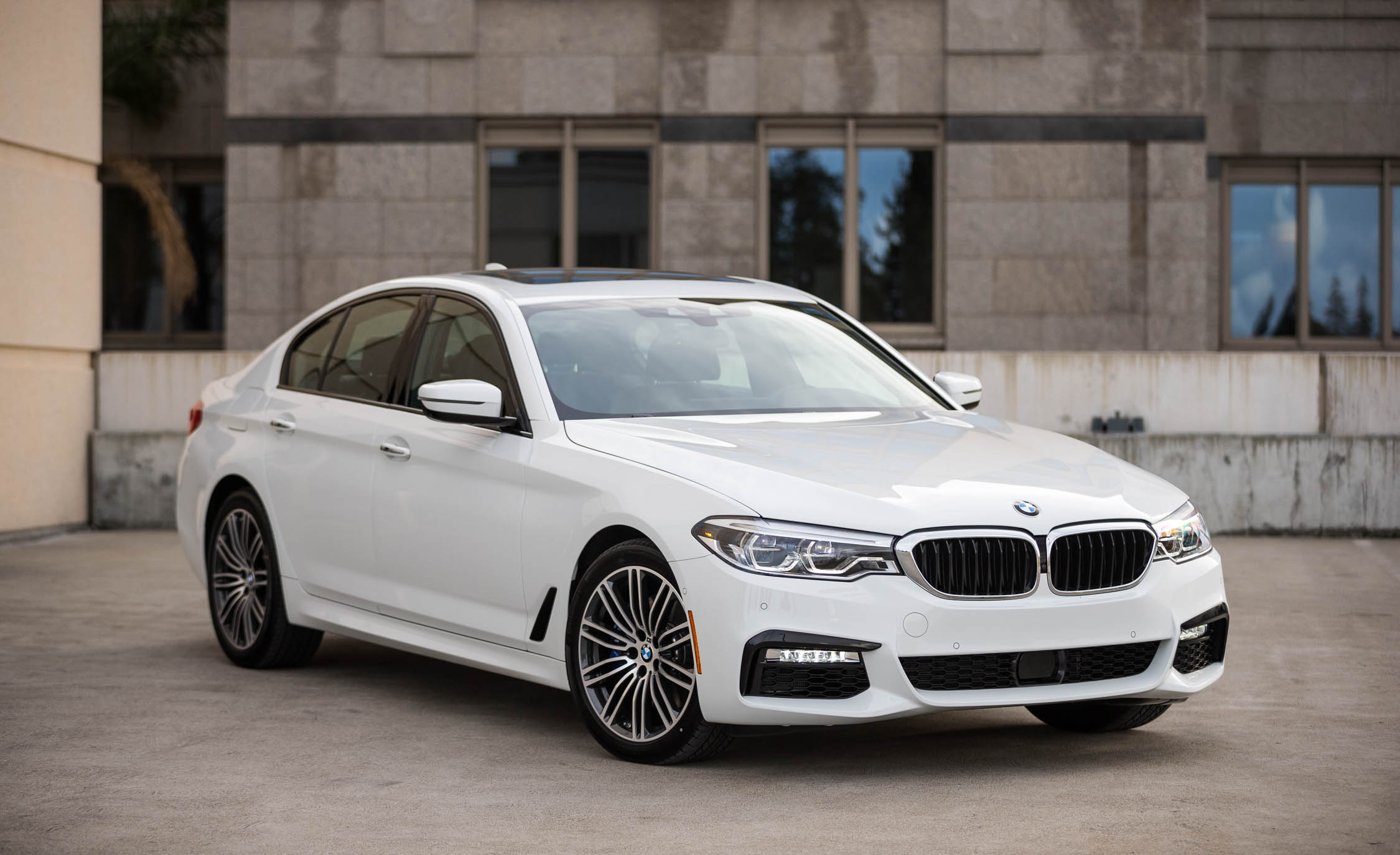 2017 BMW 530i (View 30 of 46)