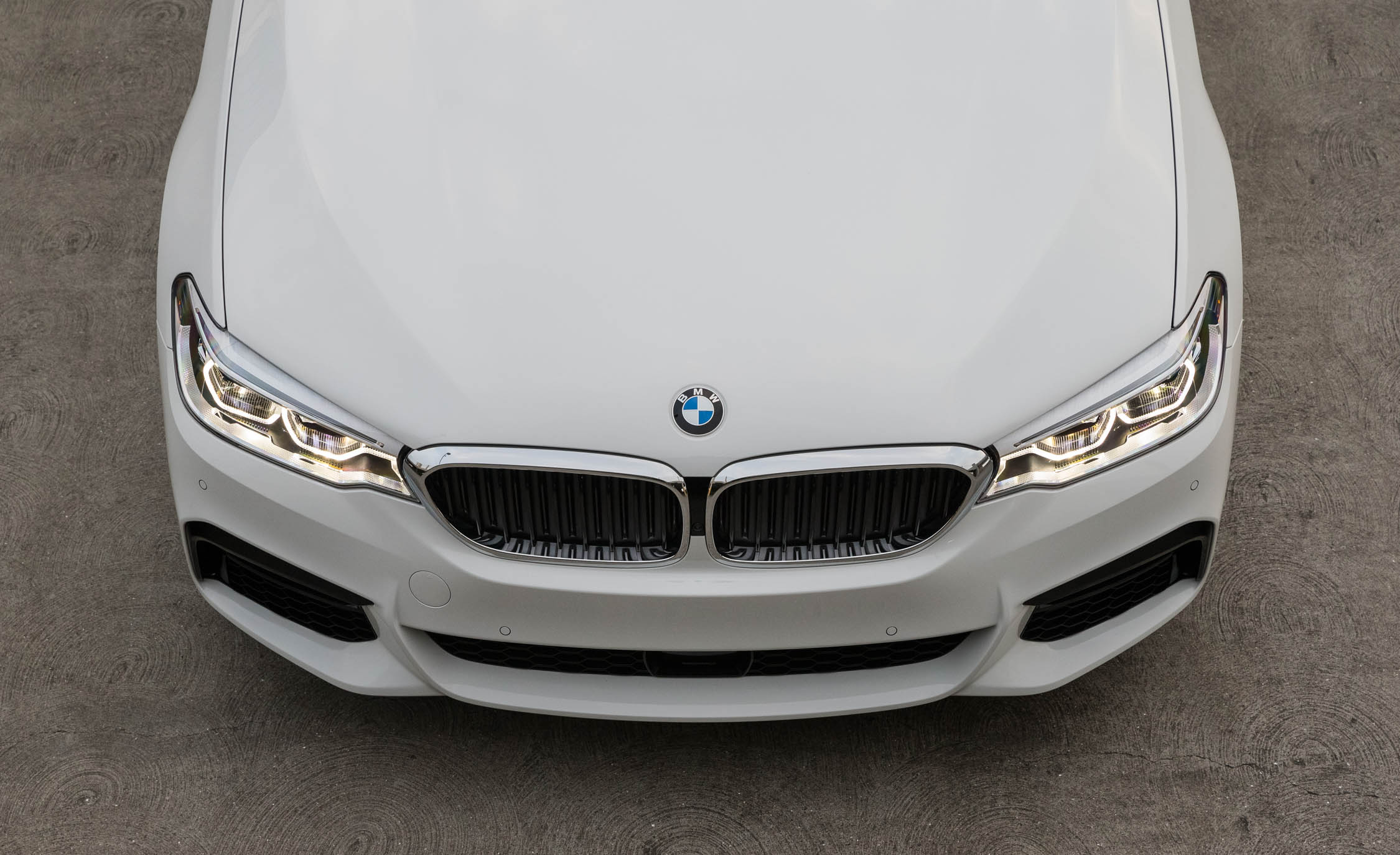 2017 BMW 530i (View 36 of 46)