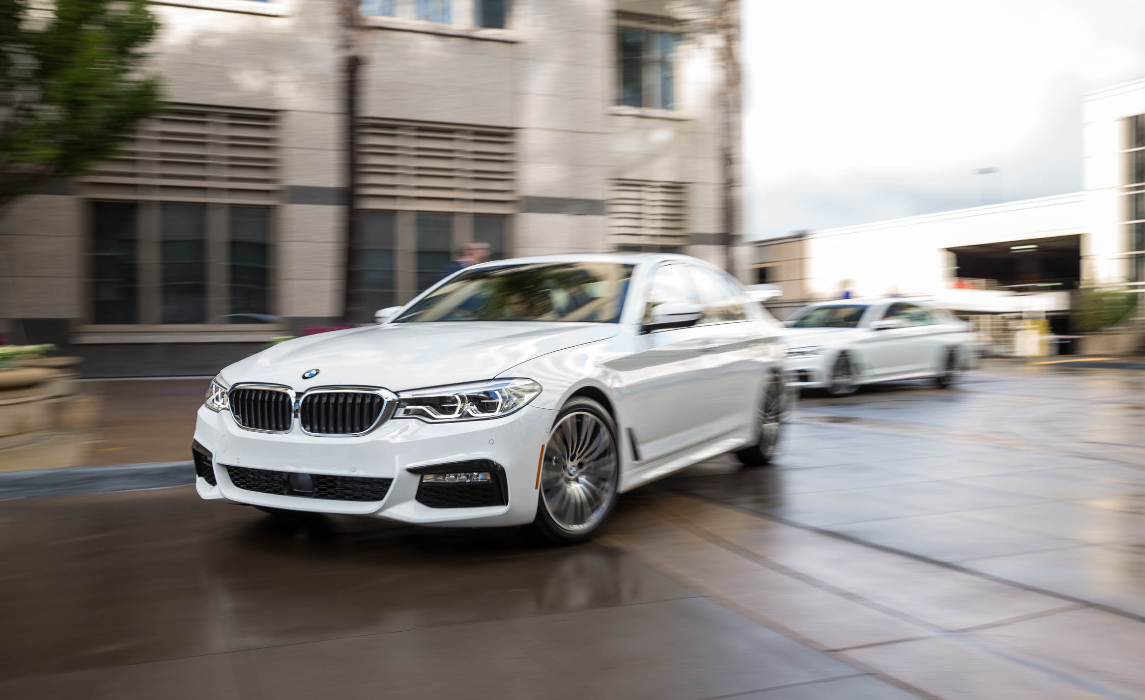 2017 BMW 530i (View 45 of 46)