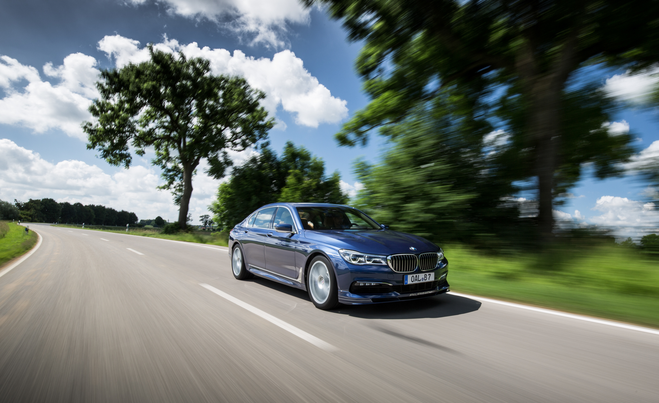 2017 BMW Alpina B7 Blue Metallic Test Drive (Photo 3 of 45)
