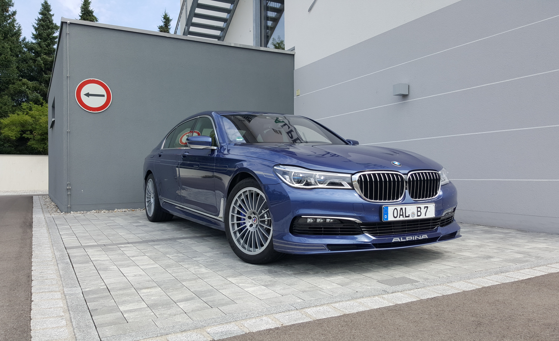 2017 BMW Alpina B7 Exterior Front (View 39 of 45)