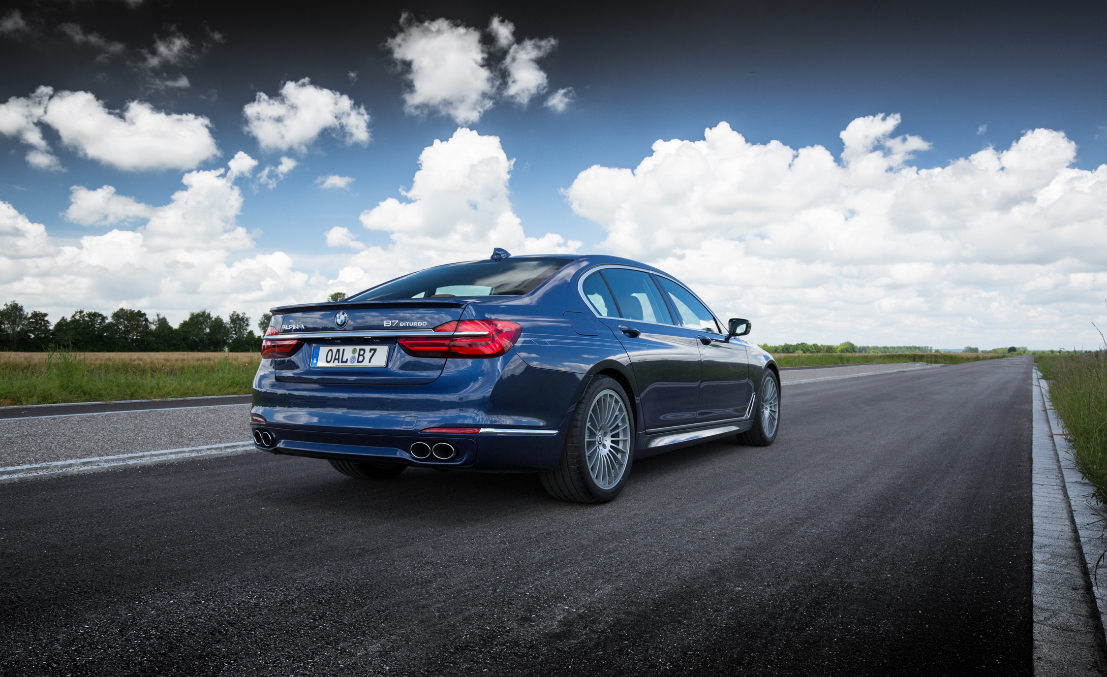 2017 BMW Alpina B7 Exterior Rear And Side (Photo 7 of 45)