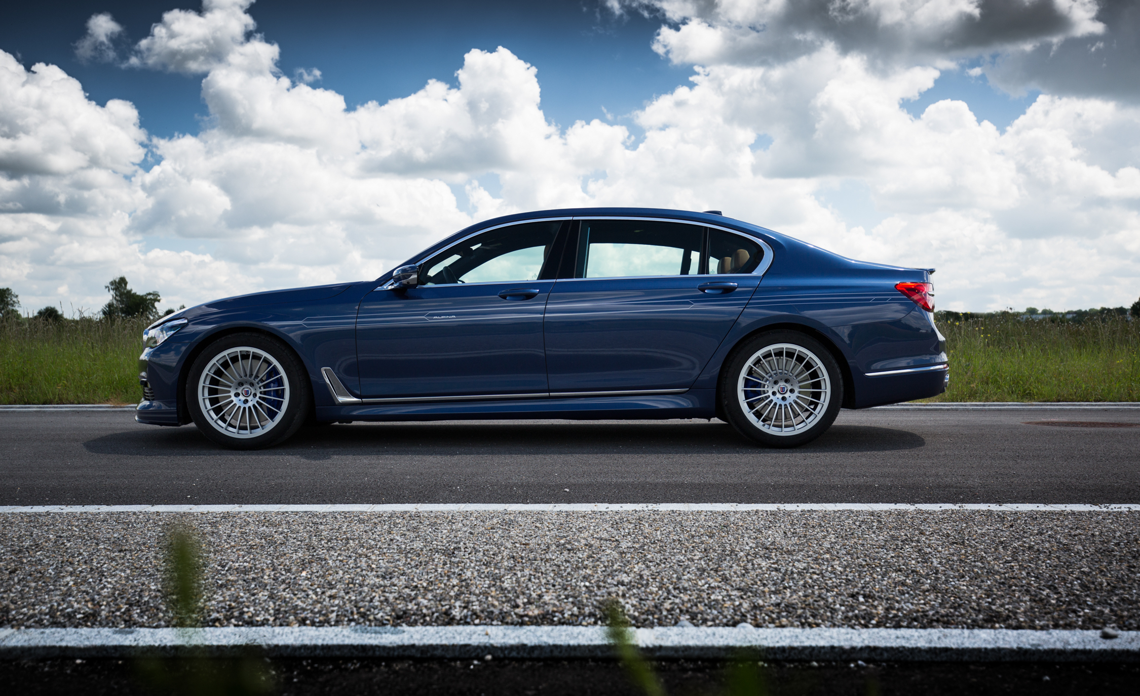 2017 BMW Alpina B7 Exterior Side View (Photo 12 of 45)