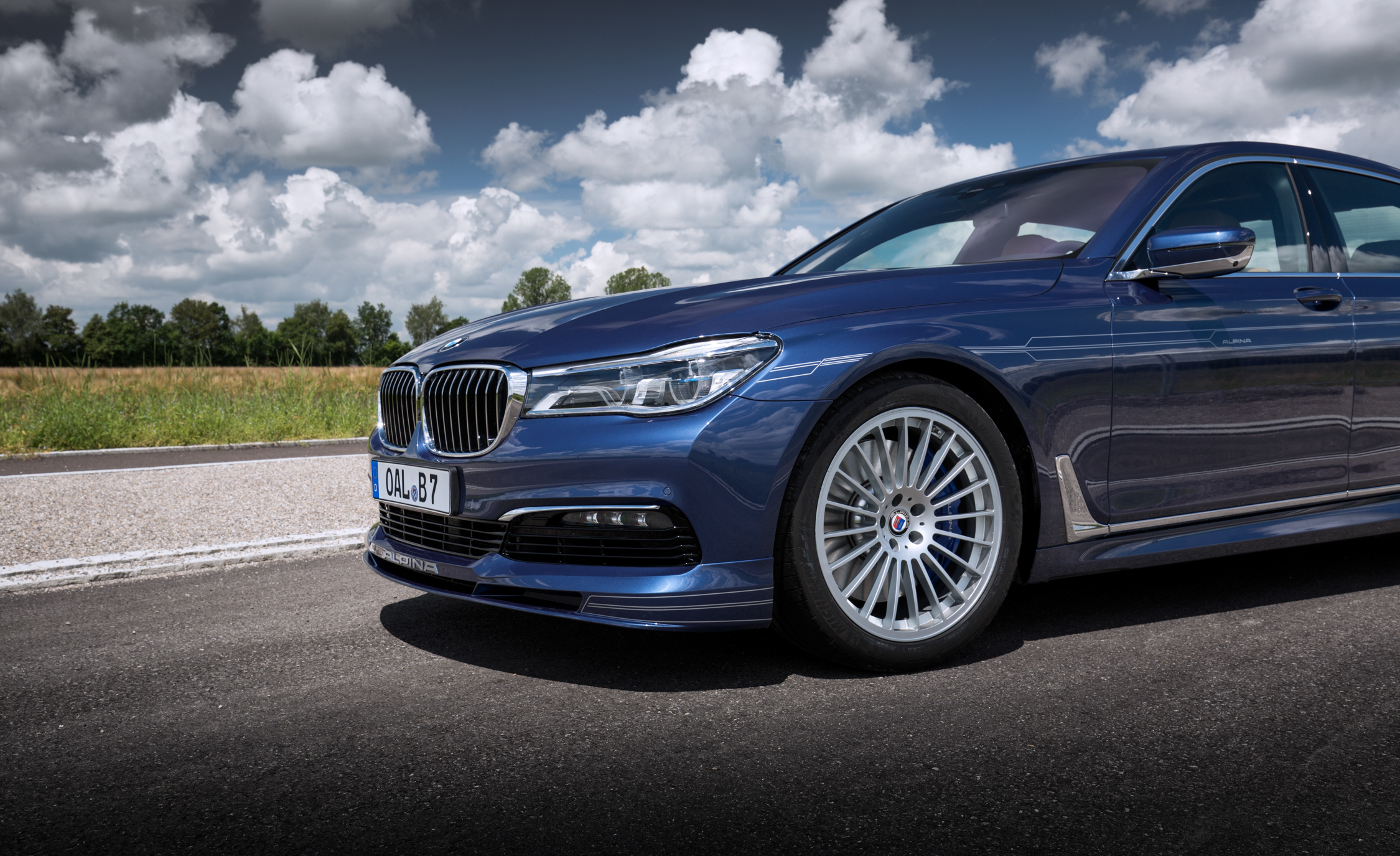 2017 BMW Alpina B7 Exterior View Front Bumper (View 35 of 45)