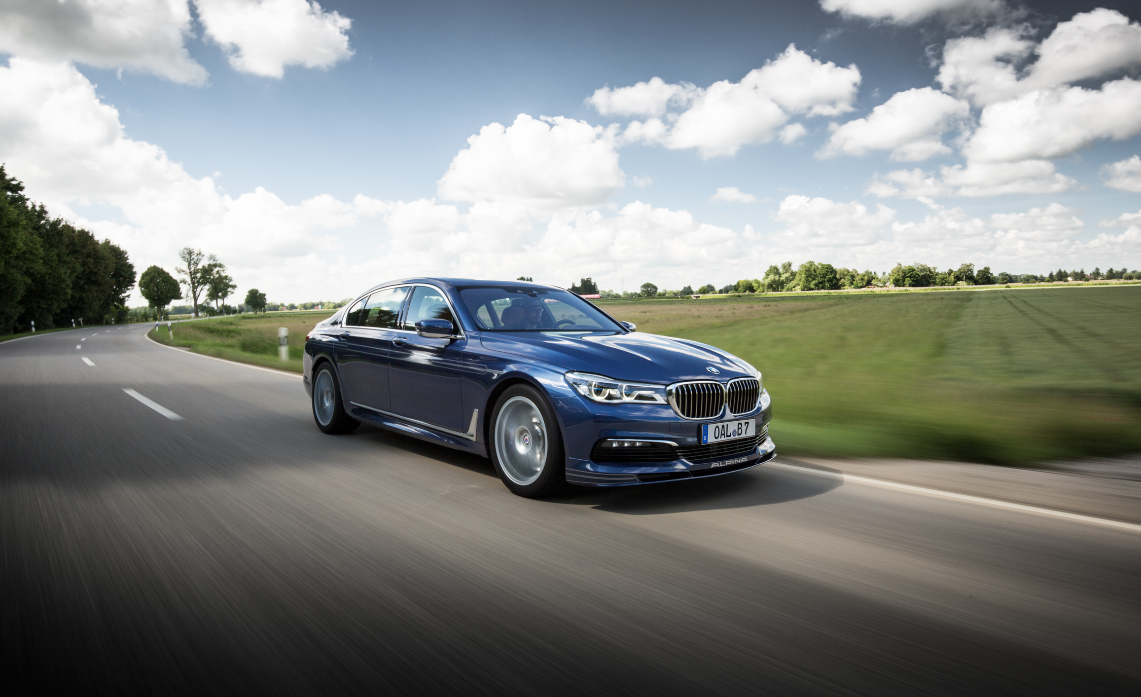 2017 BMW Alpina B7 Test Drive Side And Front View (Photo 28 of 45)