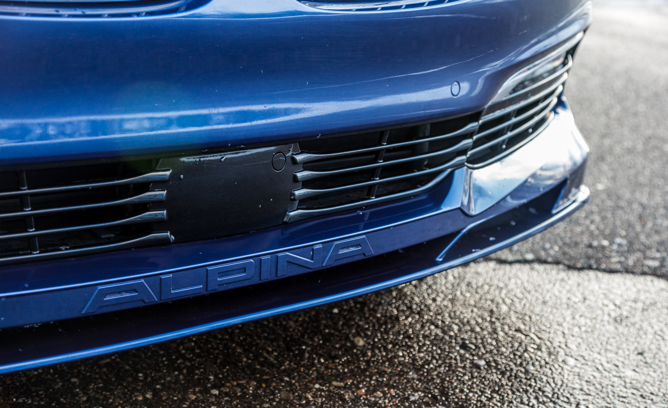 2017 BMW Alpina B7 XDrive Exterior View Front Bumper (Photo 32 of 45)