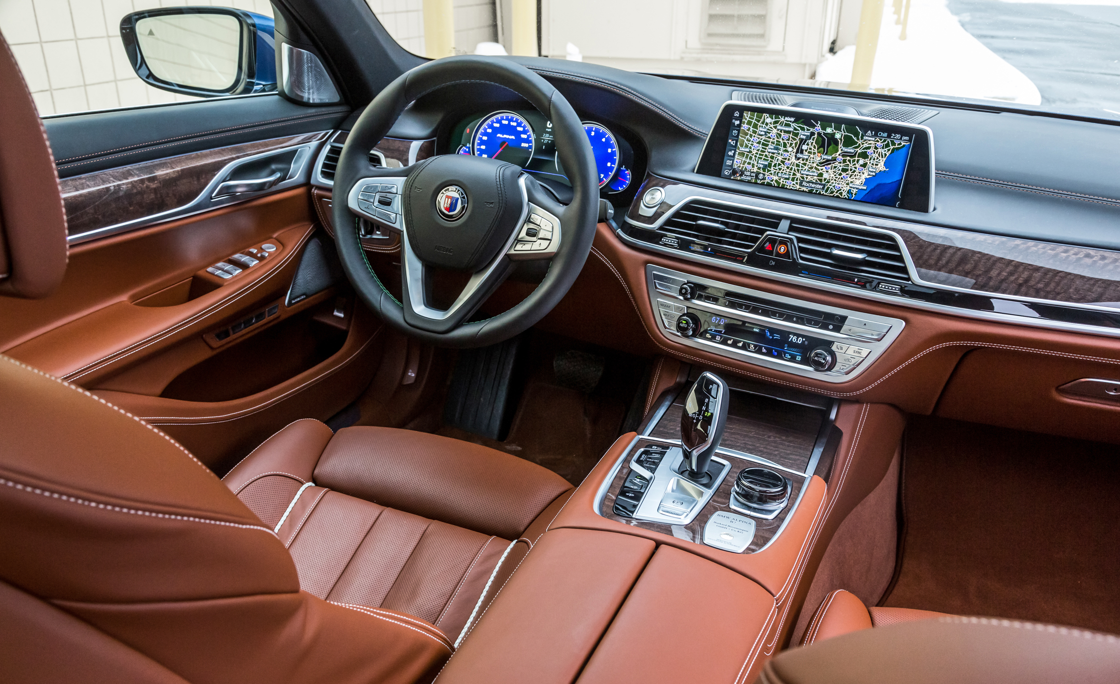 2017 BMW Alpina B7 XDrive Interior Driver Cockpit Steering And Dash (View 12 of 45)