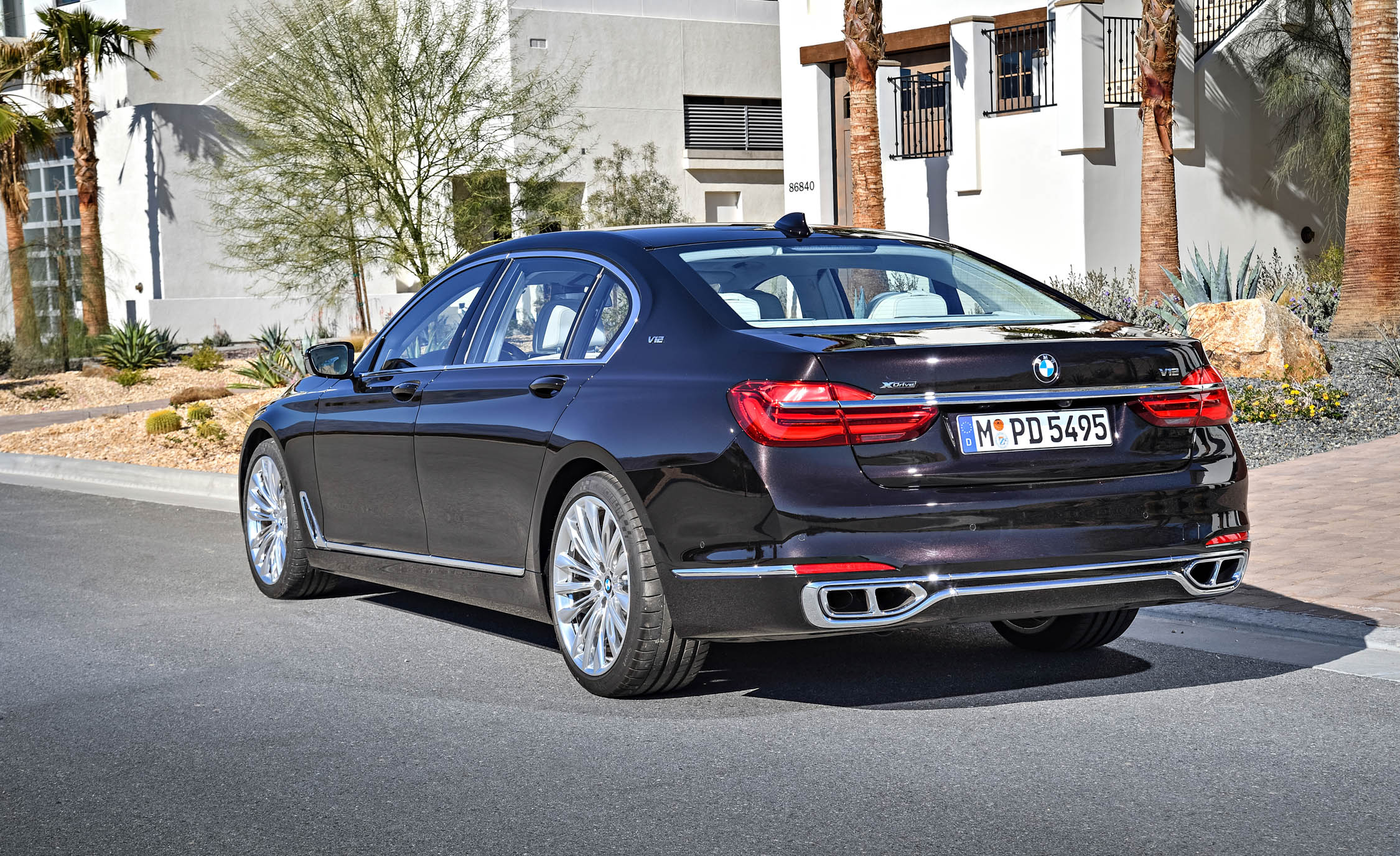 2017 BMW M760Li XDrive Excellence Exterior Rear And Side (Photo 63 of 76)