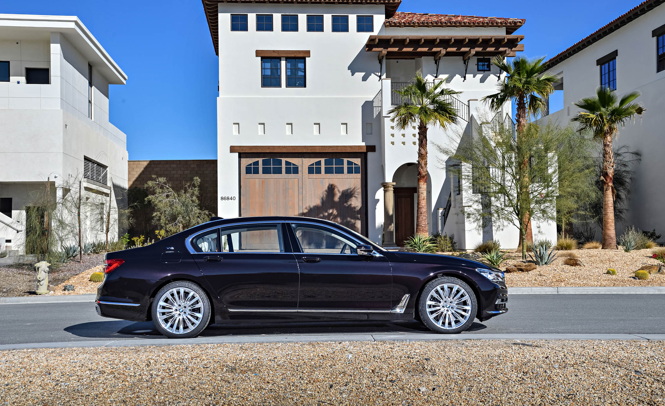 2017 BMW M760Li XDrive Excellence Exterior Side (Photo 64 of 76)