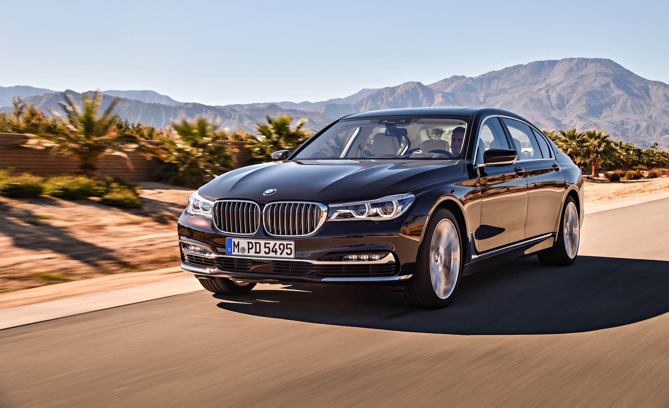 2017 BMW M760Li XDrive (View 67 of 76)