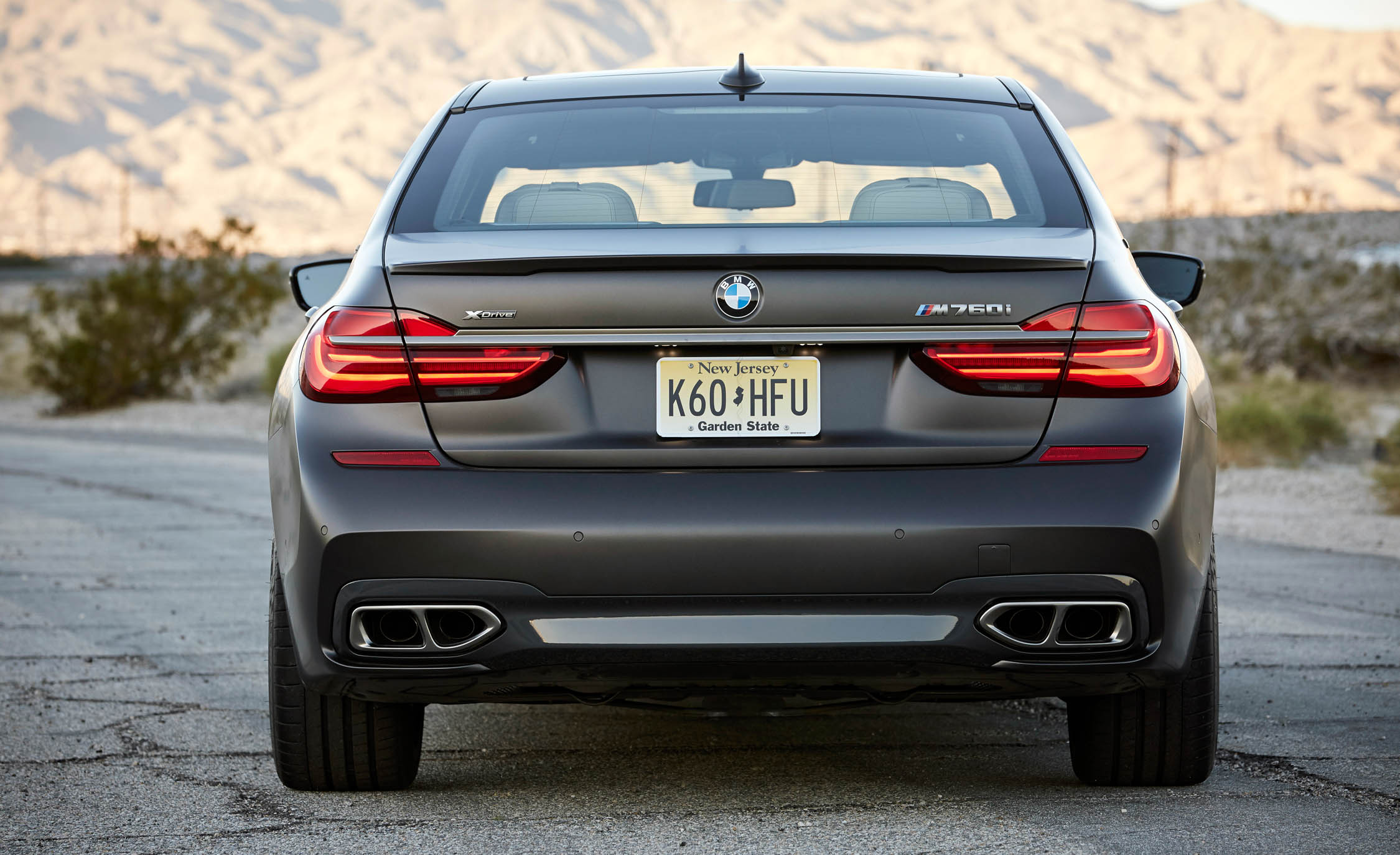 2017 BMW M760i XDrive Exterior Rear (Photo 13 of 76)