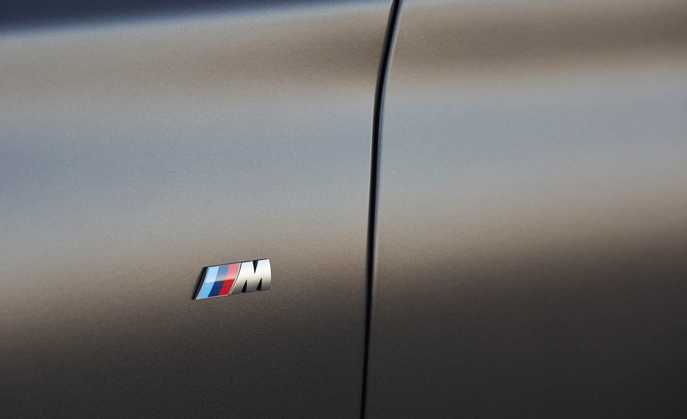 2017 BMW M760i XDrive Exterior View Side Emblem Front (Photo 21 of 76)