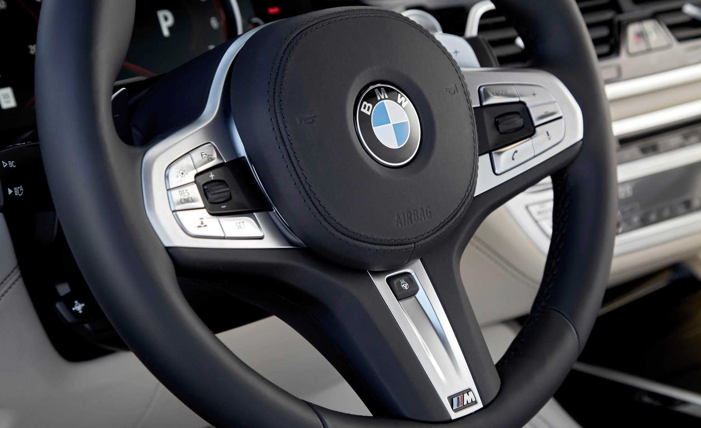 2017 BMW M760i XDrive Interior Steering Control Gallery Photo 57