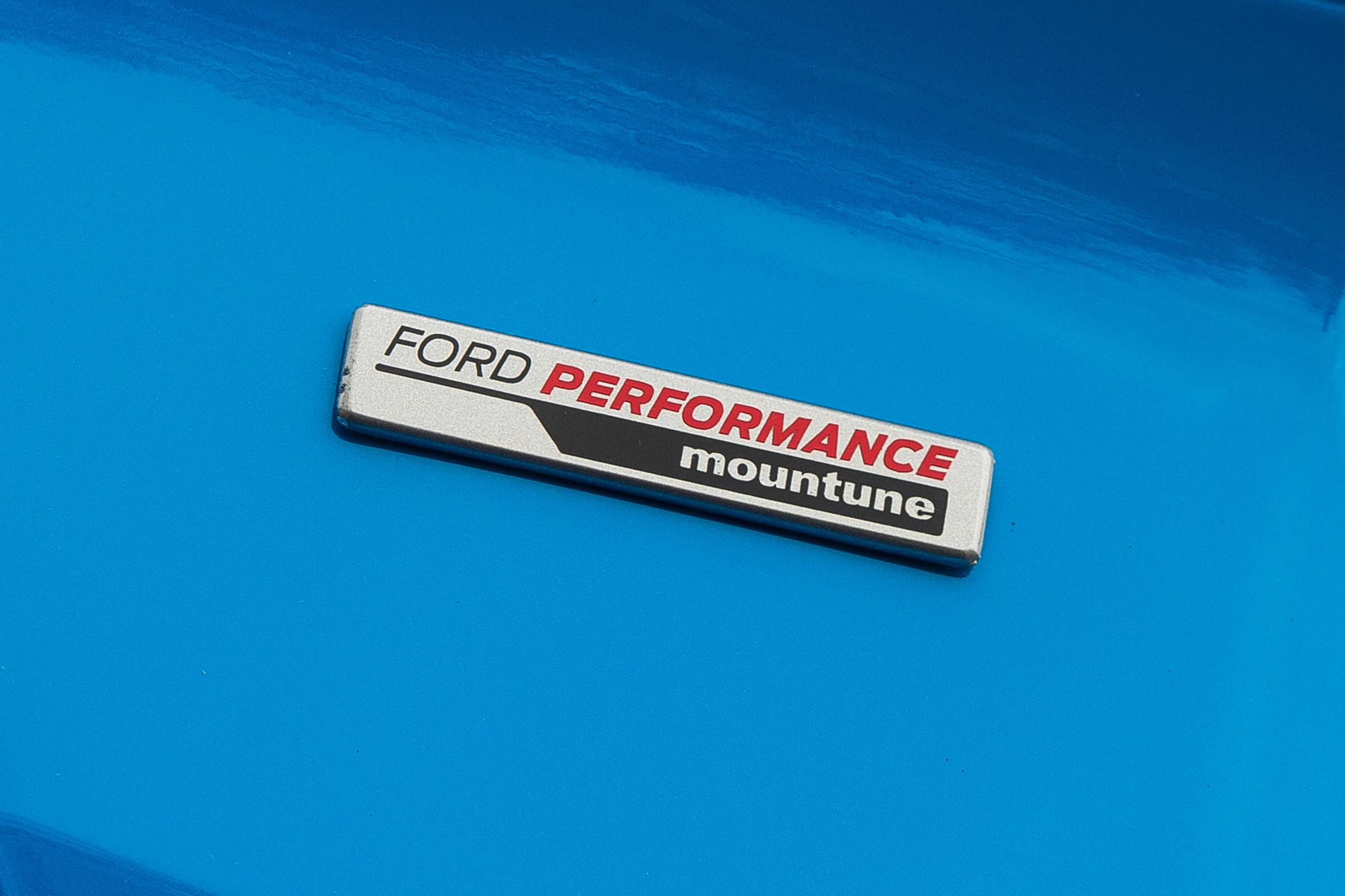 2017 Ford Focus RS Exterior View Emblem (Photo 4 of 23)