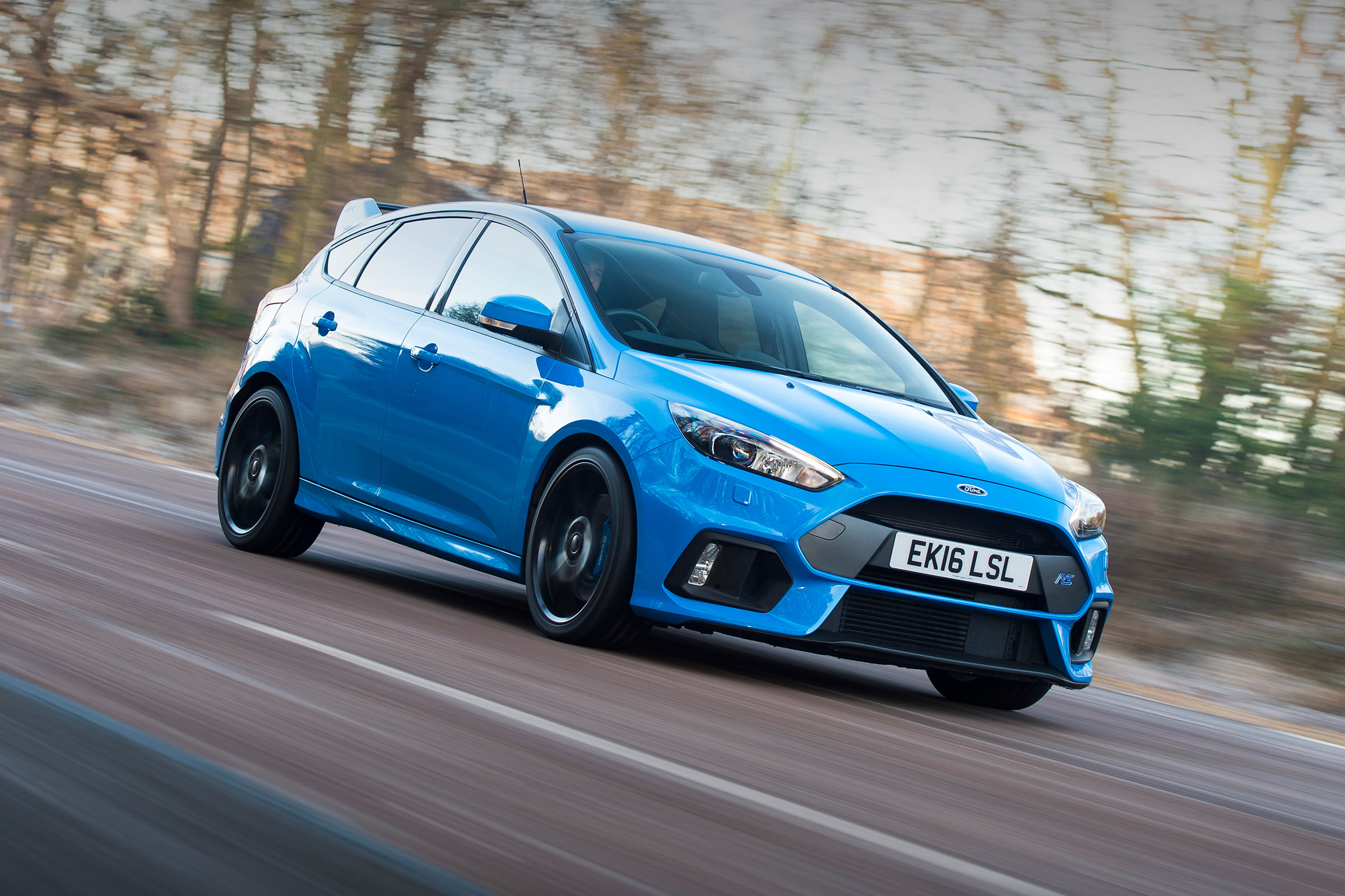 2017 Ford Focus RS Pictures Gallery (23 Images)