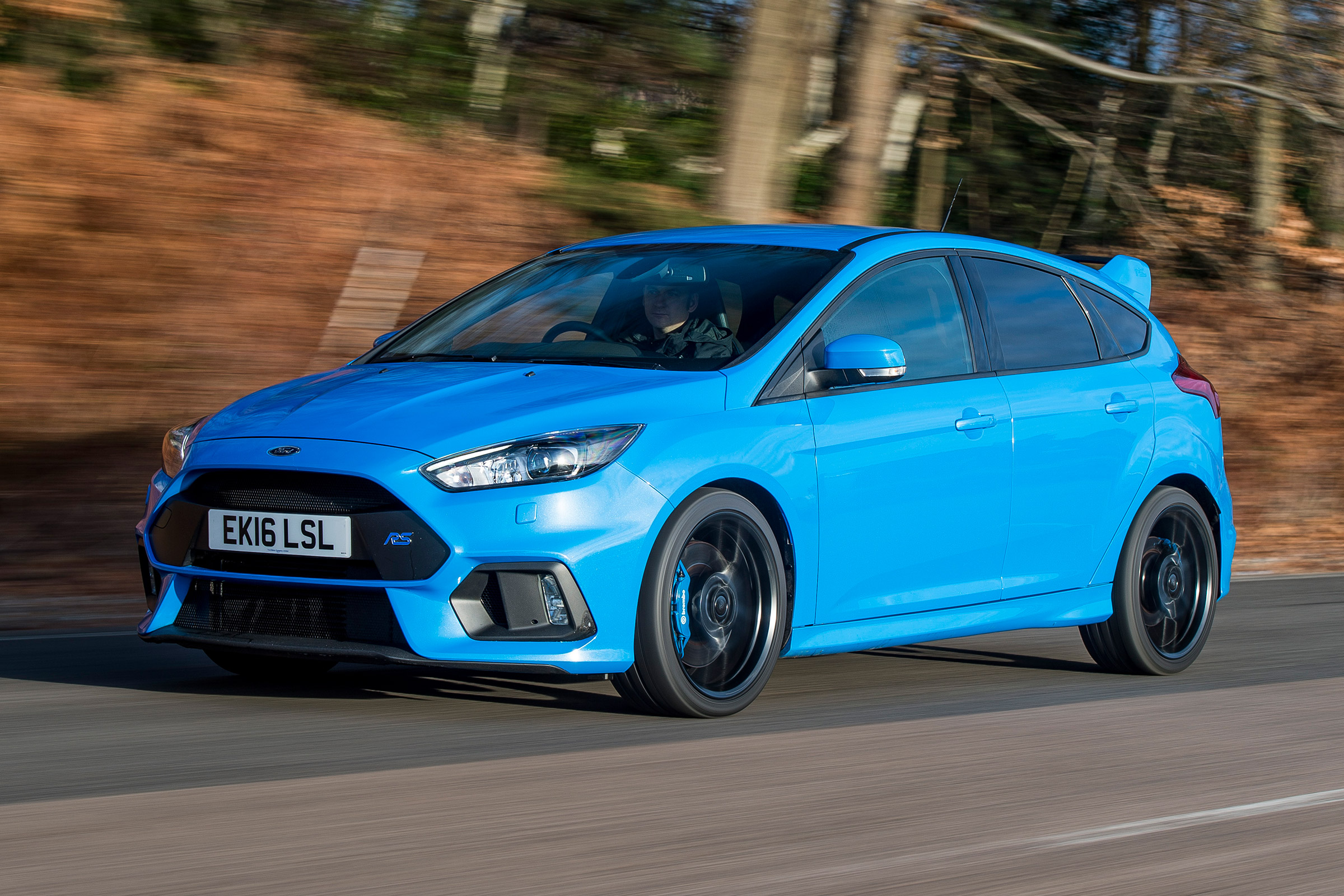 2017 Ford Focus RS (Photo 1 of 23)