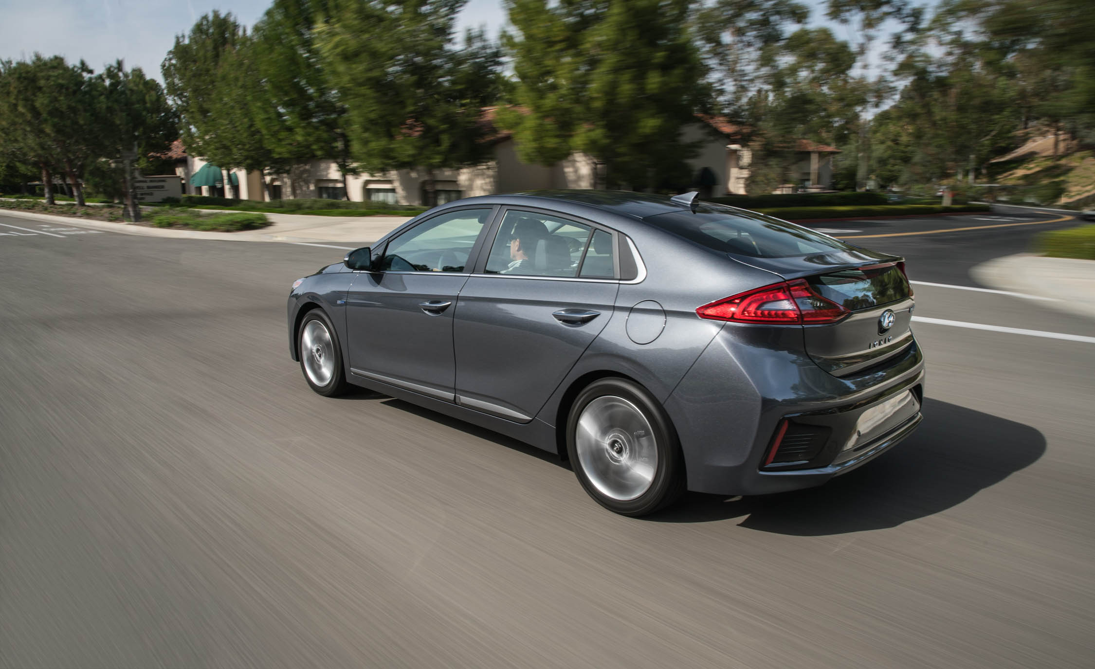 2017 Hyundai Ioniq Hybrid Test Drive Side And Rear View (Photo 65 of 67)