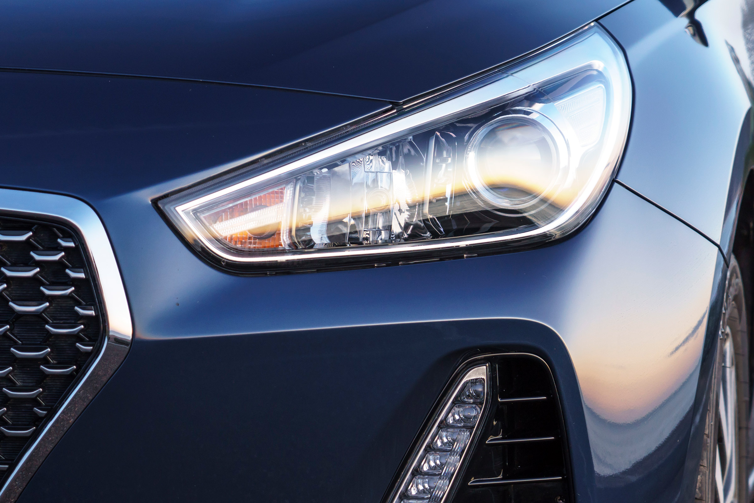 2017 Hyundai I30 Exterior View Headlight (View 23 of 23)