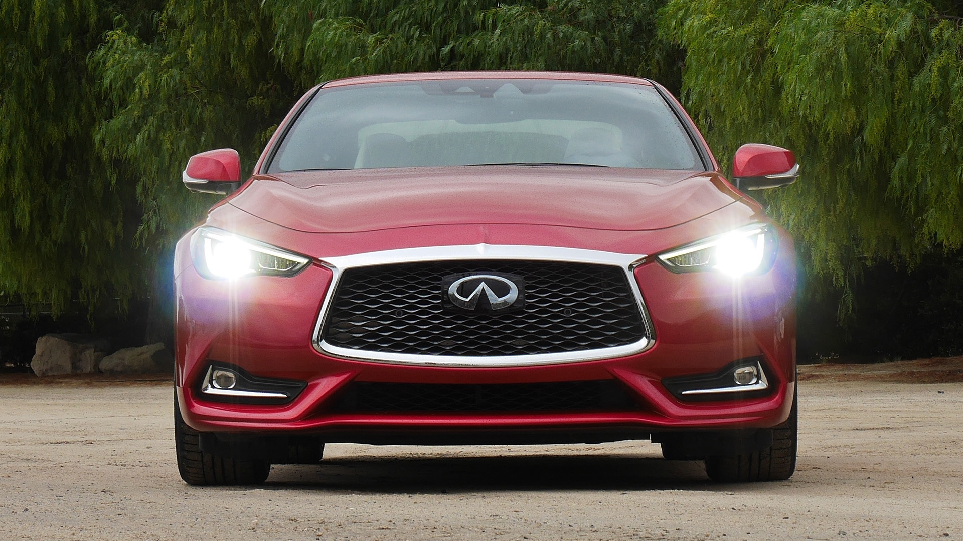 2017 Infiniti Q60 Red Exterior Front (Photo 14 of 32)