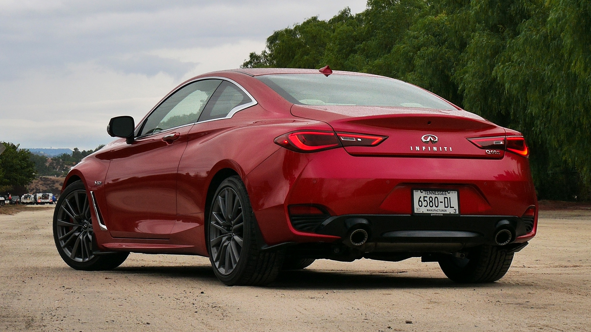 2017 Infiniti Q60 Red Exterior Rear View (Photo 18 of 32)