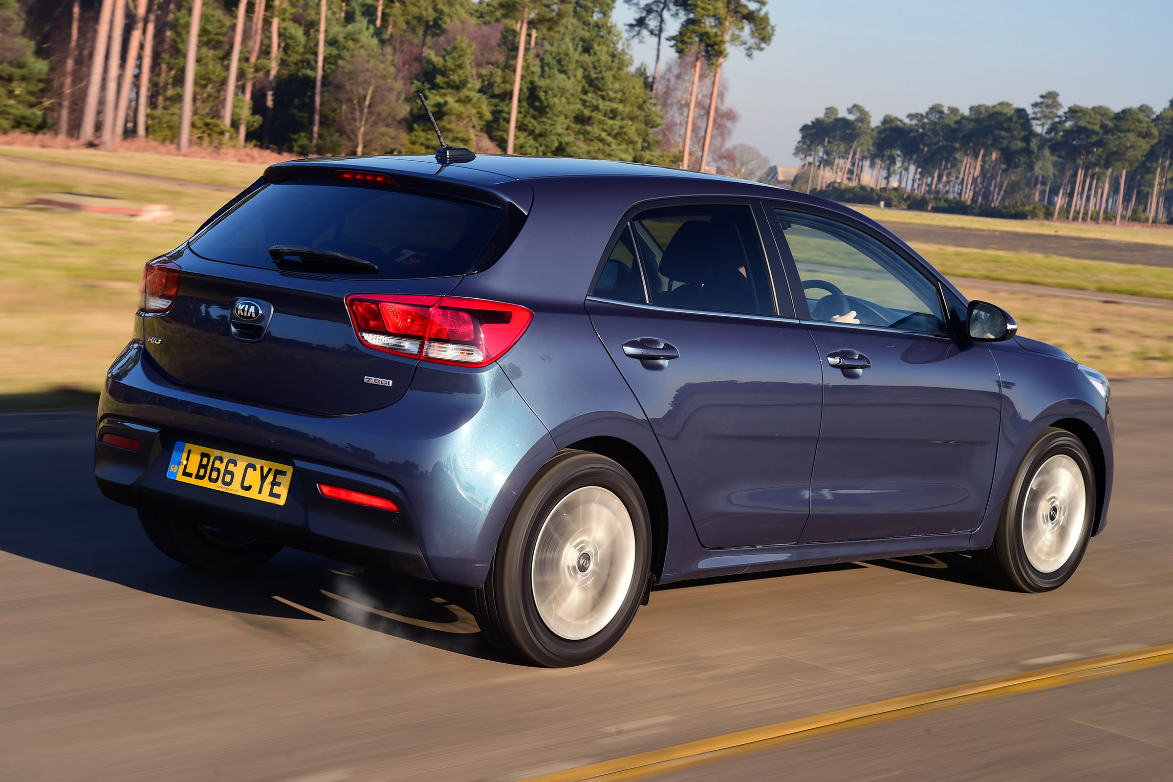 2017 Kia Rio Test Drive Rear And Side View (Photo 24 of 49)