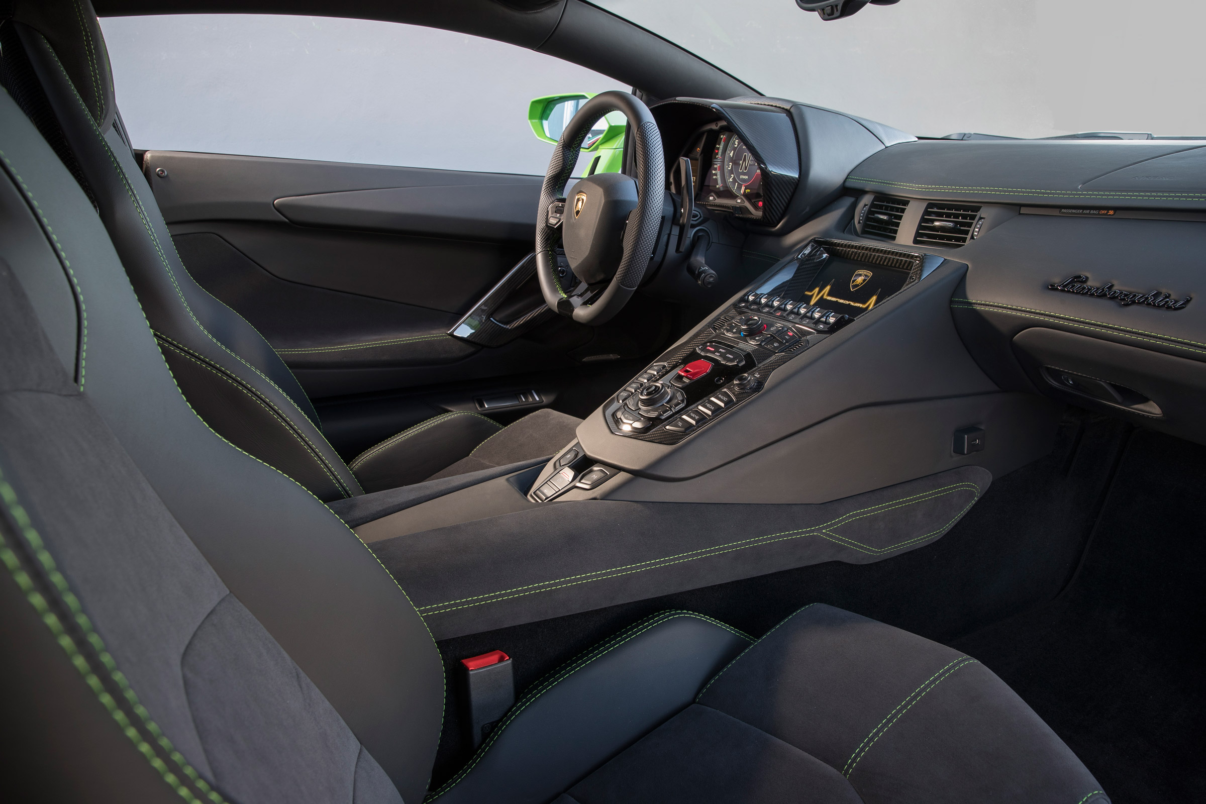 2017 Lamborghini Aventador S Interior Dashboard (Photo 13 of 20)