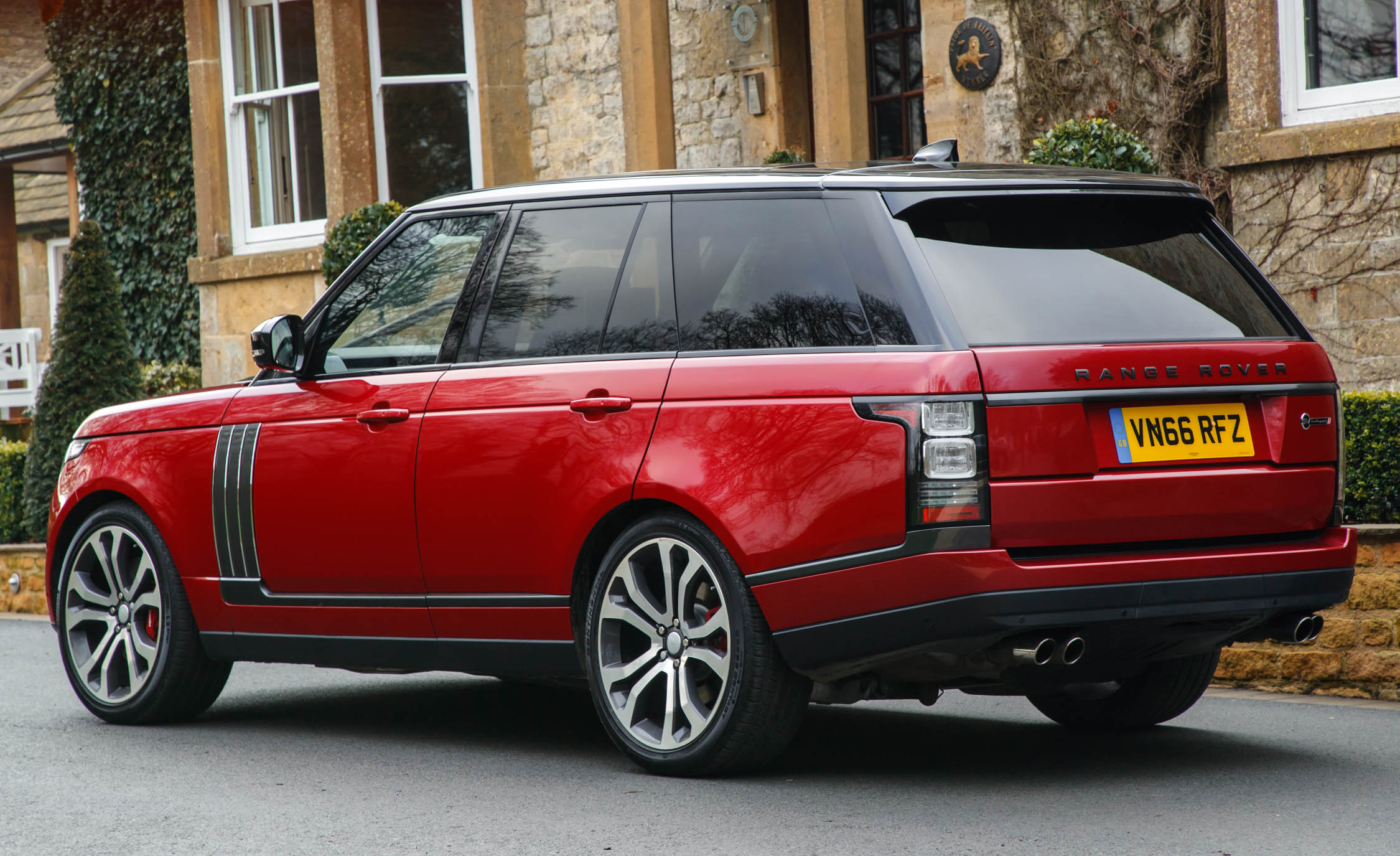 2017 Land Rover Range Rover SVAutobiography Dynamic Red Exterior Rear And Side (Photo 9 of 24)