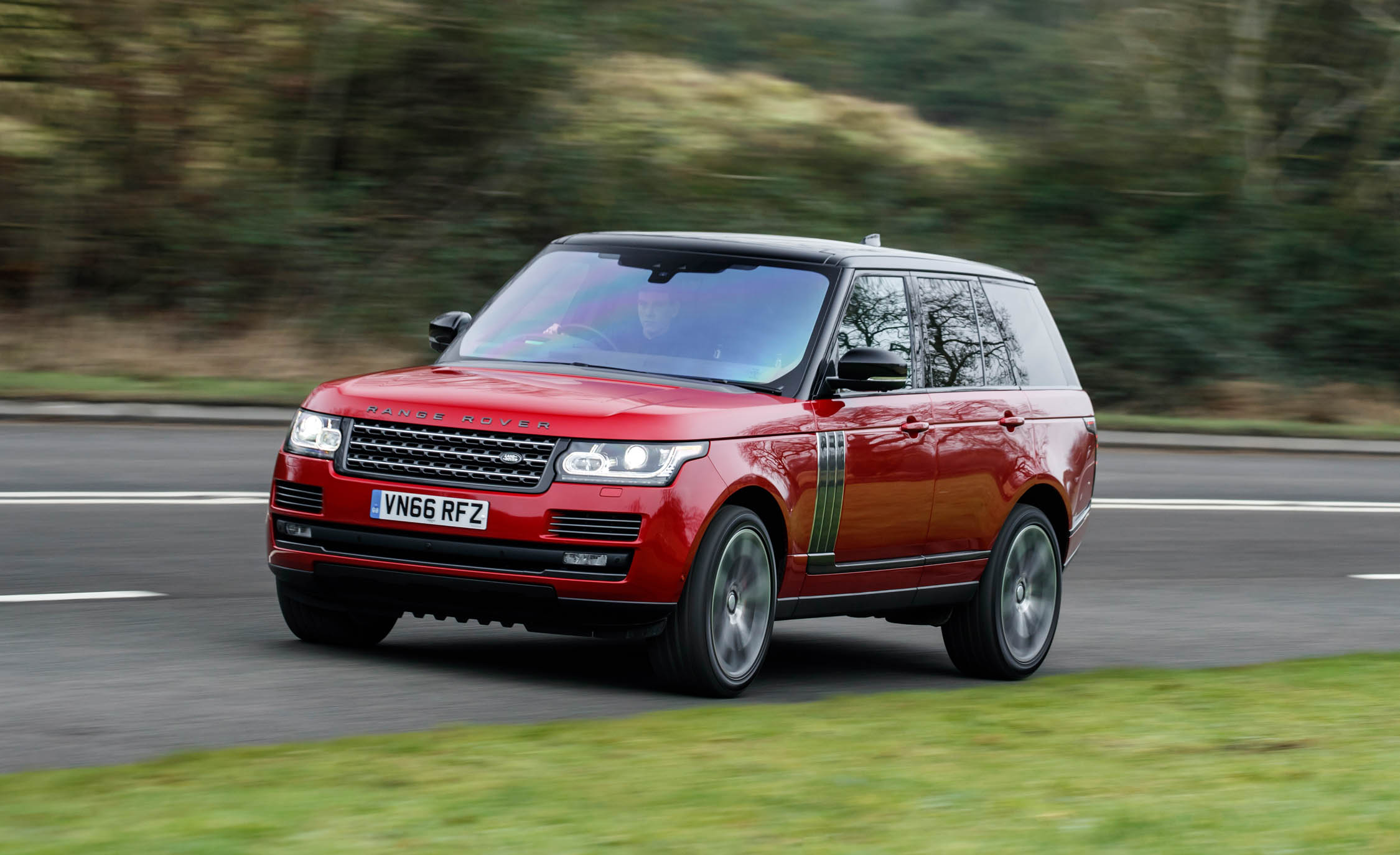 2017 Land Rover Range Rover SVAutobiography Dynamic Test Drive Performance (Photo 18 of 24)