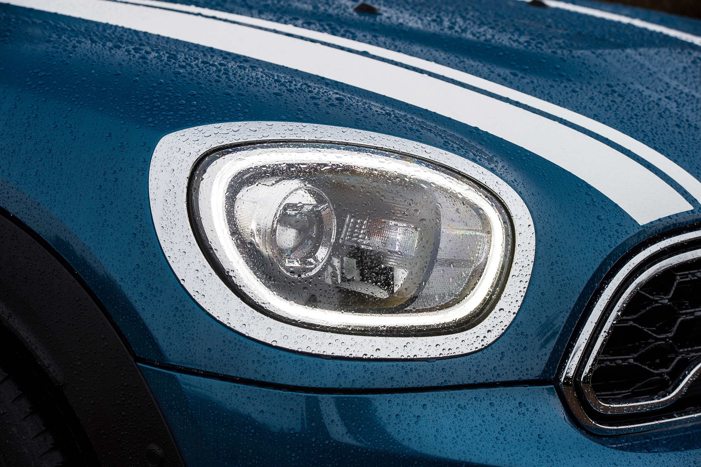 2017 MINI Countryman Exterior View Headlight (Photo 50 of 61)