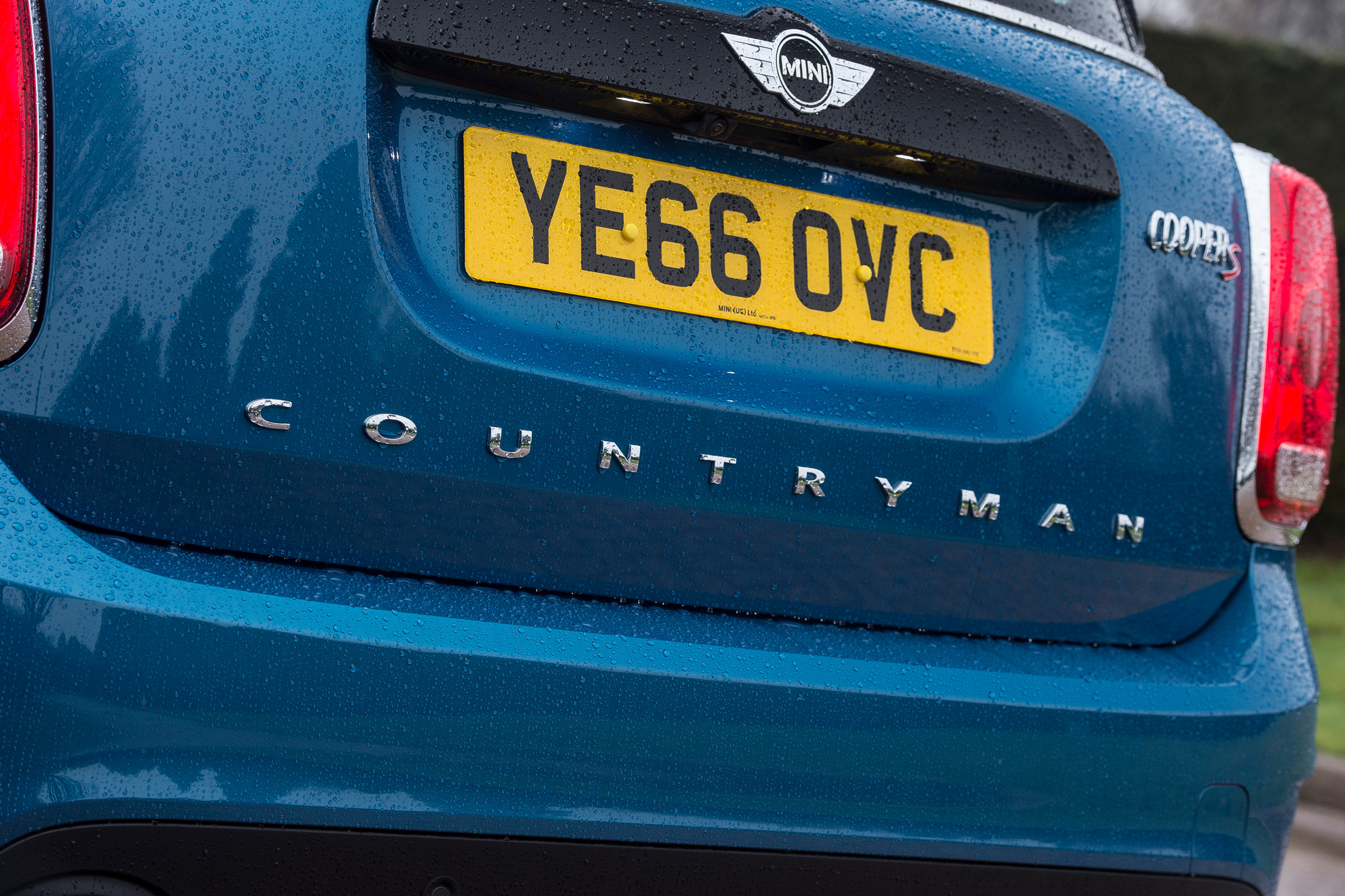 2017 MINI Countryman Exterior View Rear Badge (Photo 51 of 61)