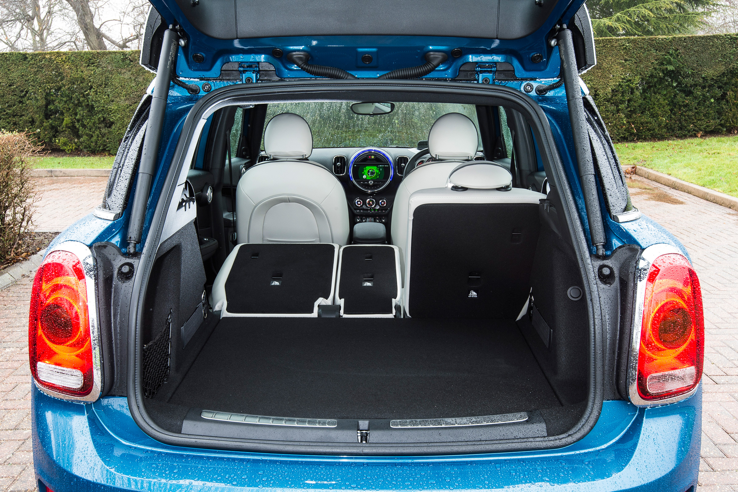 2017 MINI Countryman Interior View Cargo (Photo 55 of 61)