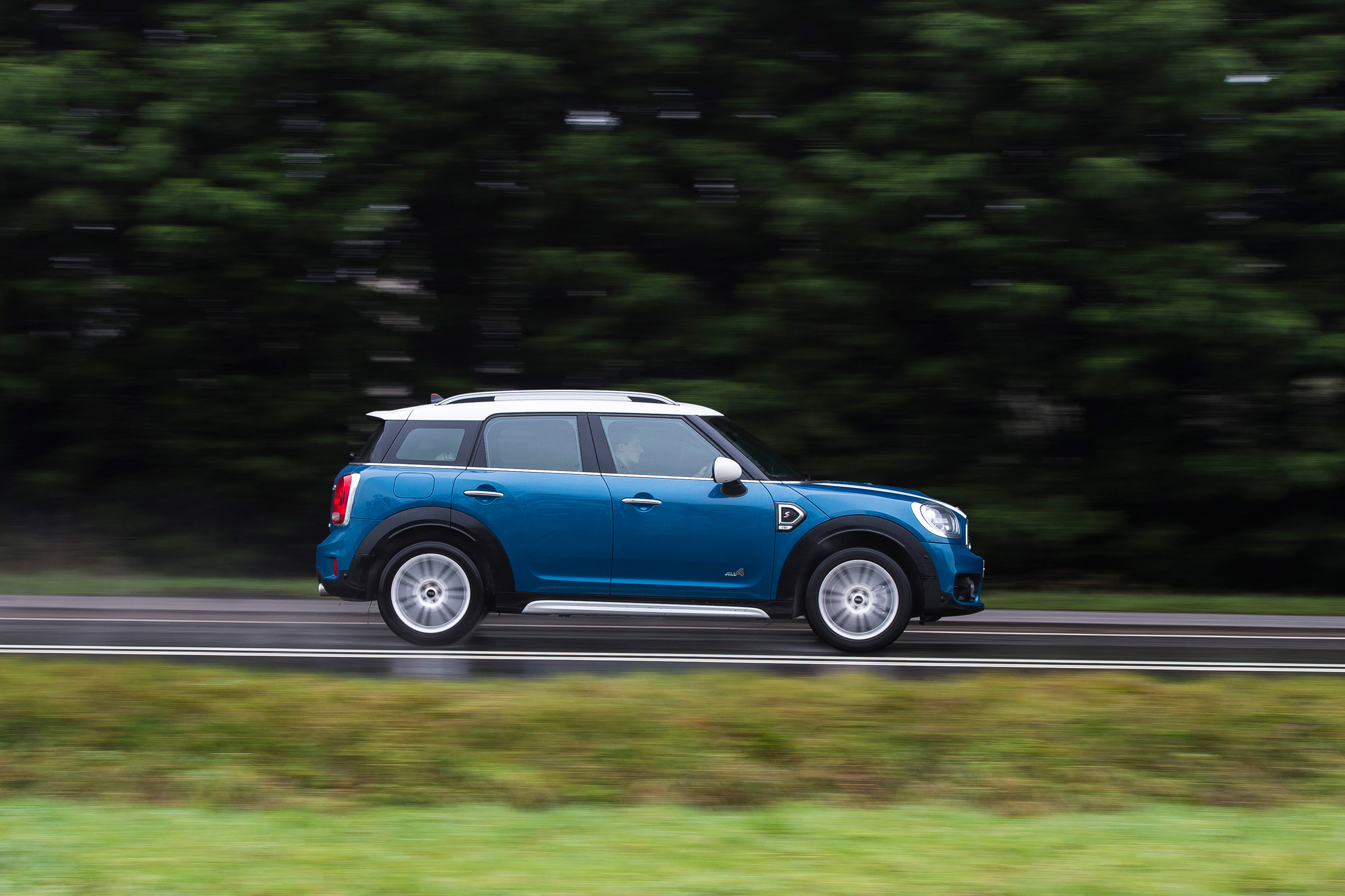 2017 MINI Countryman Test Drive Side View (Photo 61 of 61)