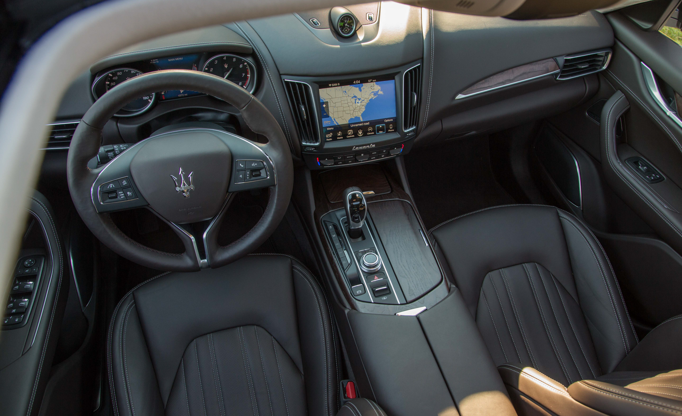 2017 Maserati Levante S Q4 Interior Dashboard (Photo 9 of 21)