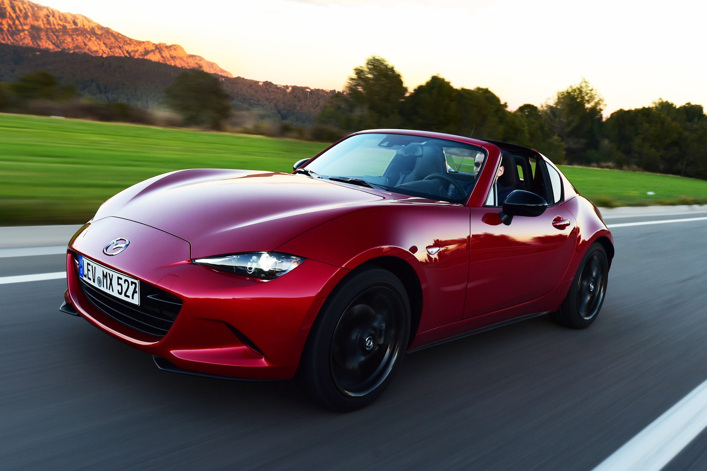 Featured Image of 2017 Mazda MX 5 RF