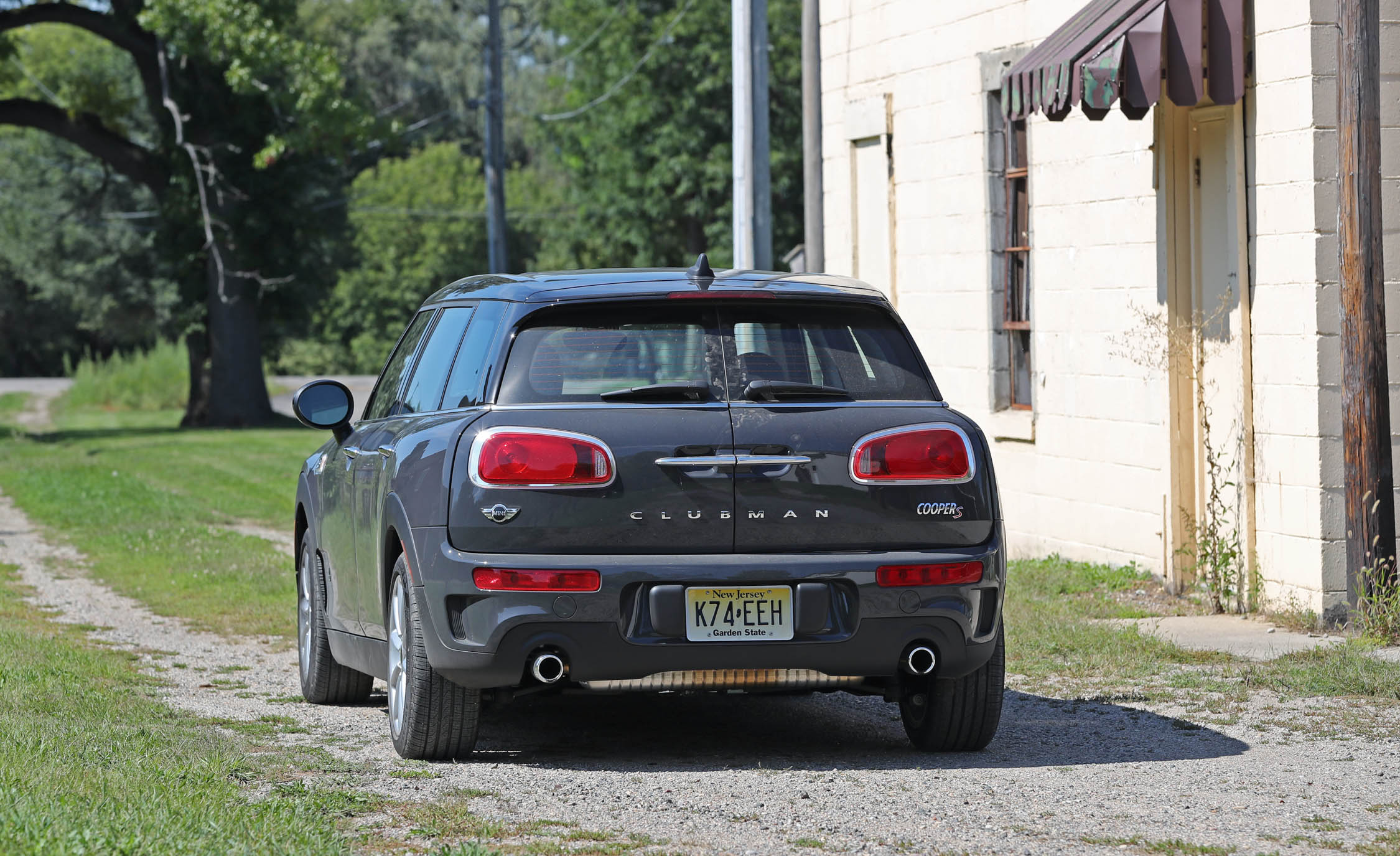 2017 Mini Cooper S ALL4 Clubman Exterior Rear Corner (View 23 of 29)