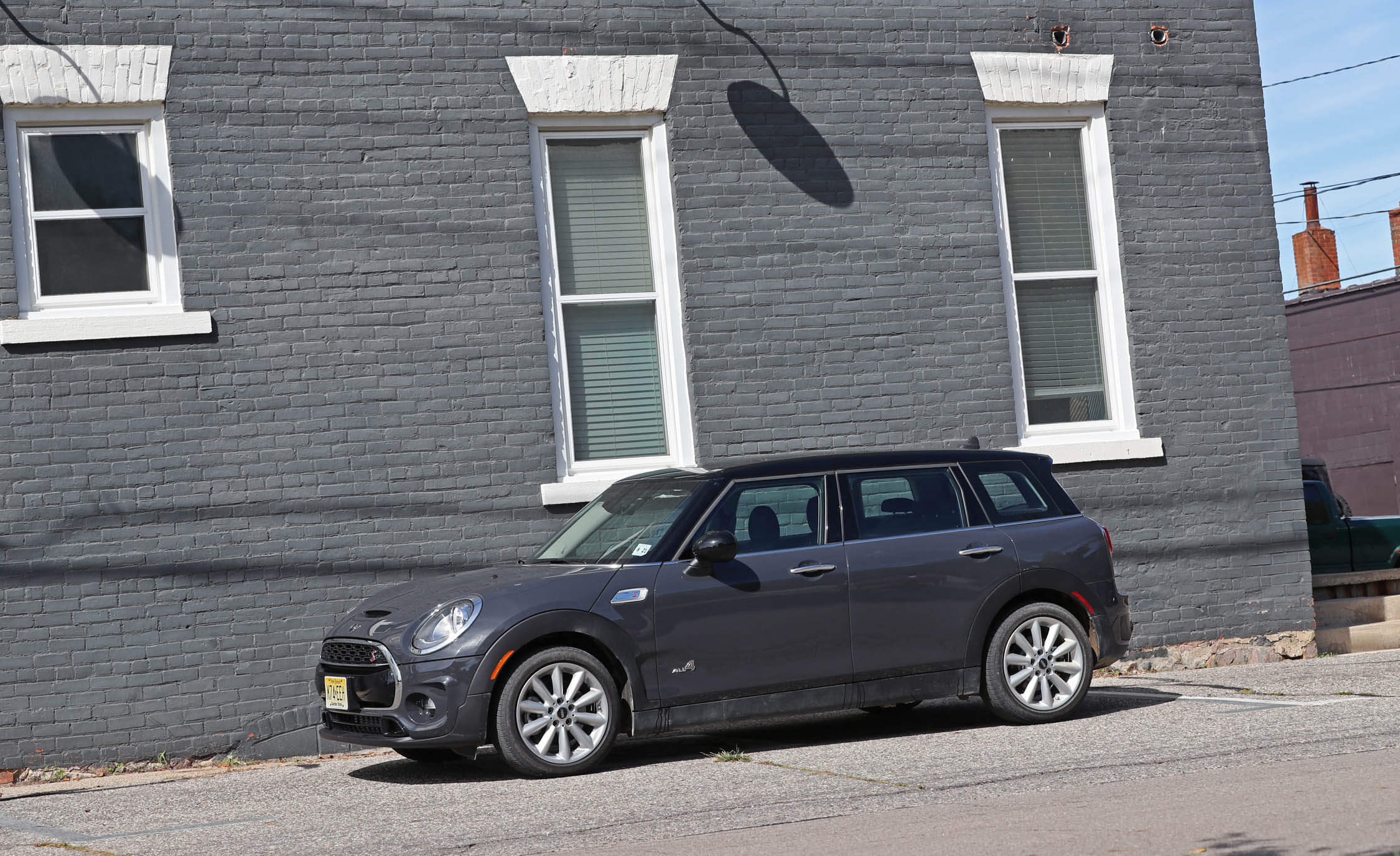 2017 Mini Cooper S ALL4 Clubman Exterior Side (View 21 of 29)
